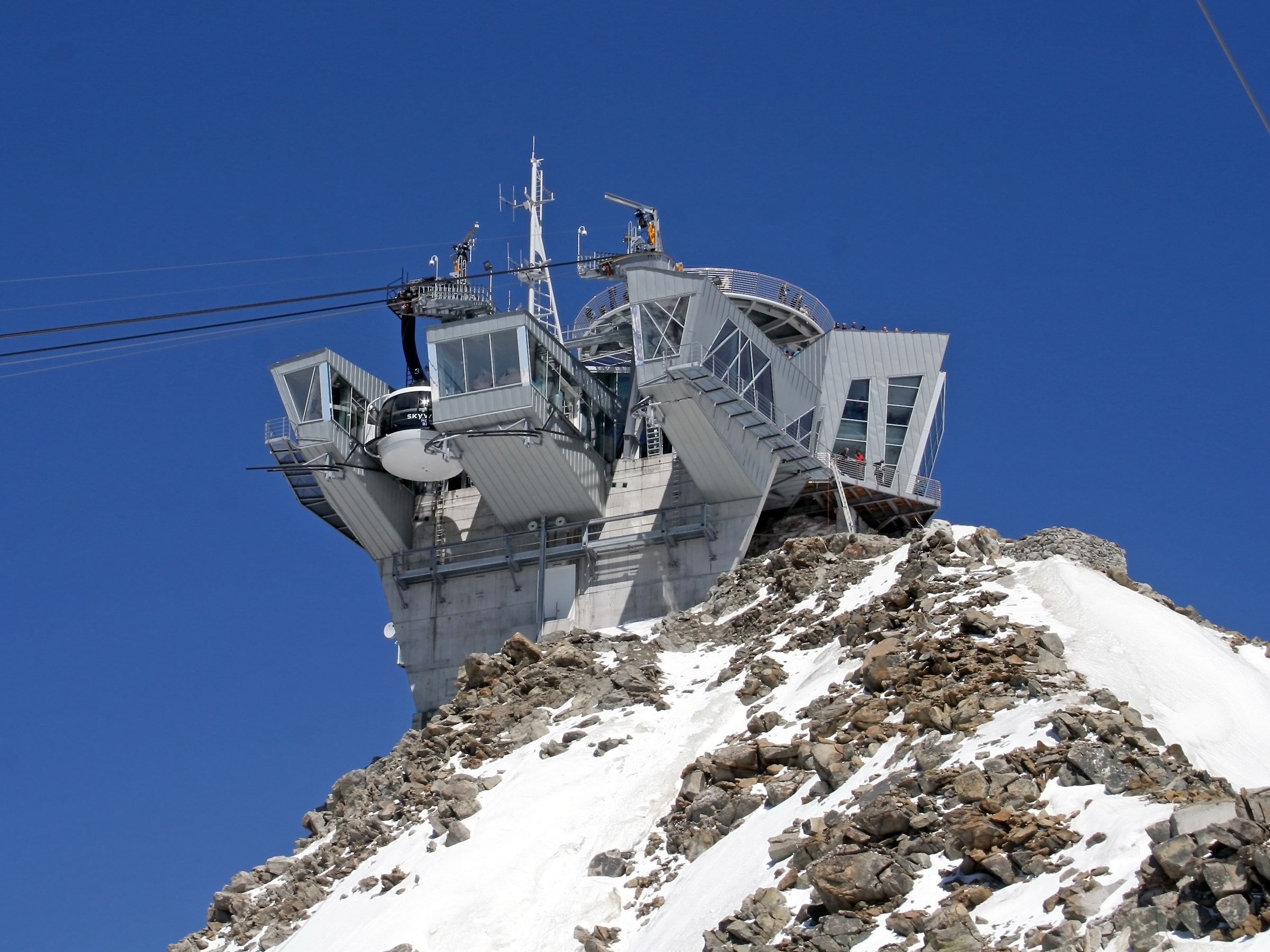 New cable car White (Skyway)...