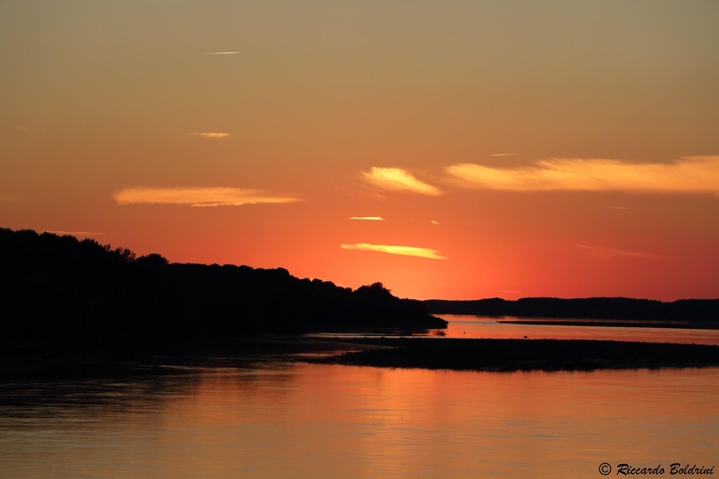 Fiery sunset on Po...