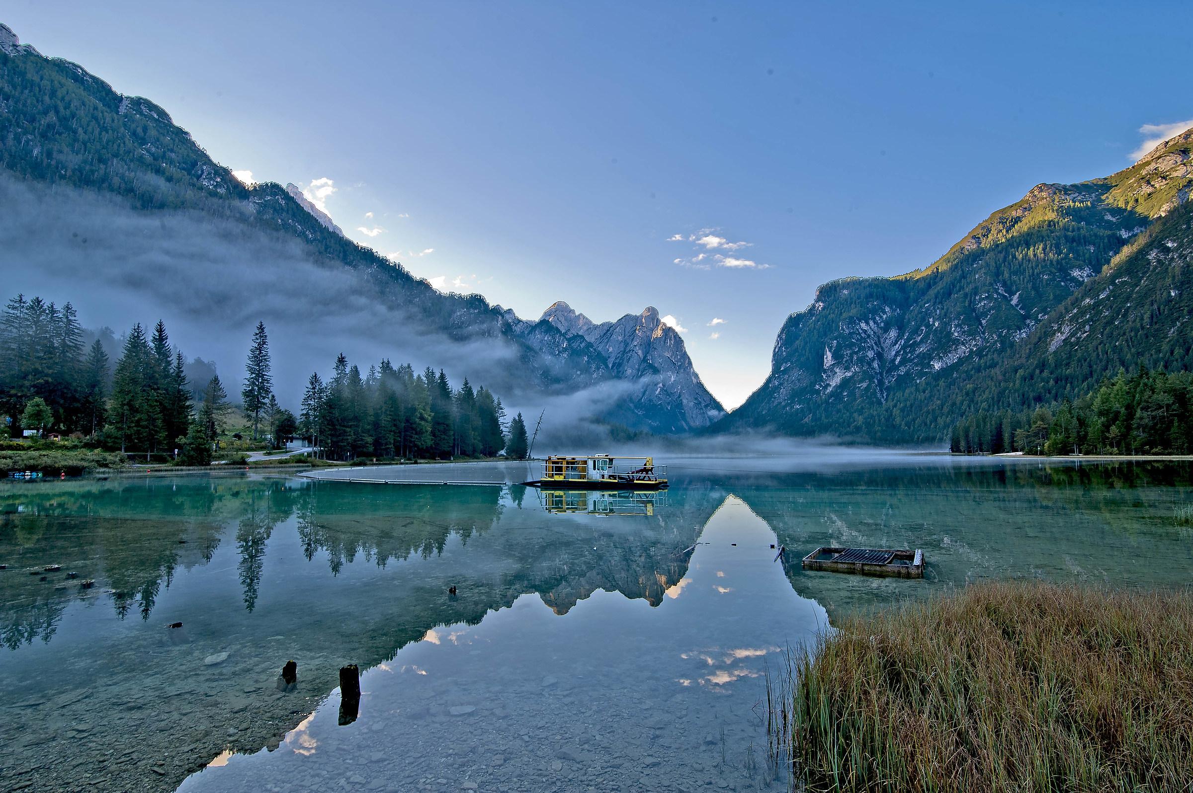 Lago di dobbiaco dolomiti!!...