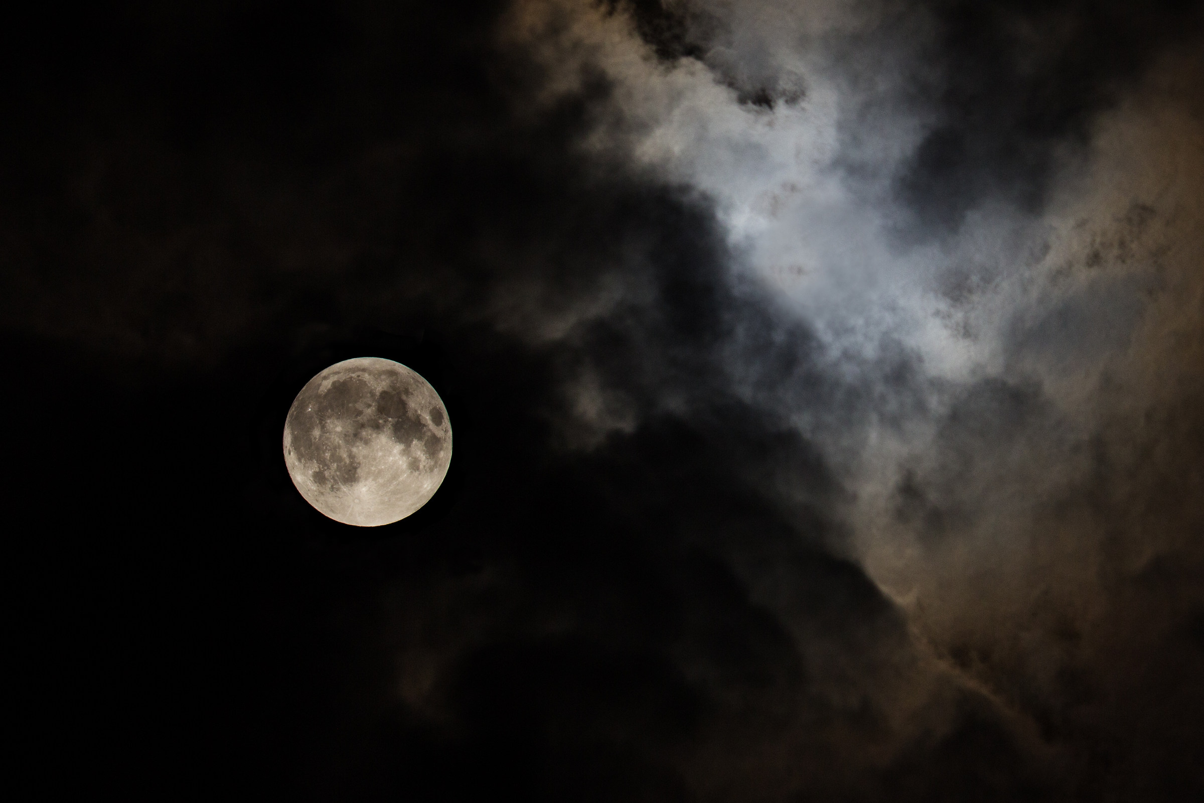 Moon 09/28/2015 23.15 hours (the night of the eclipse)...