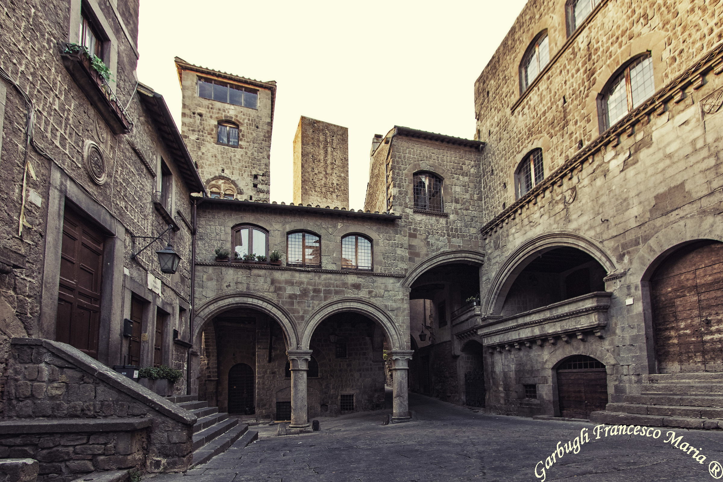 "Viterbo ""Piazza Medieval""..."