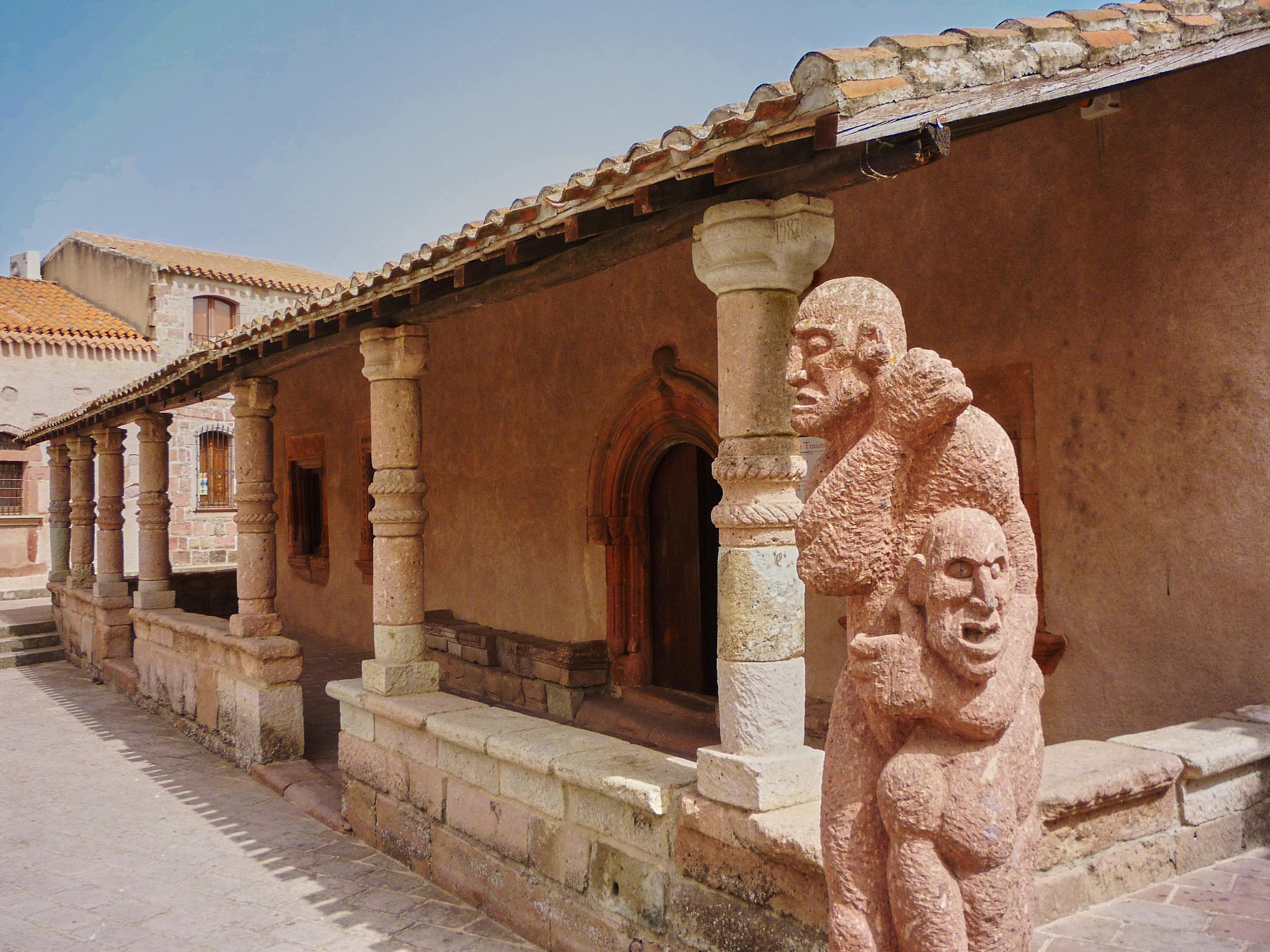 Strange architecture ......