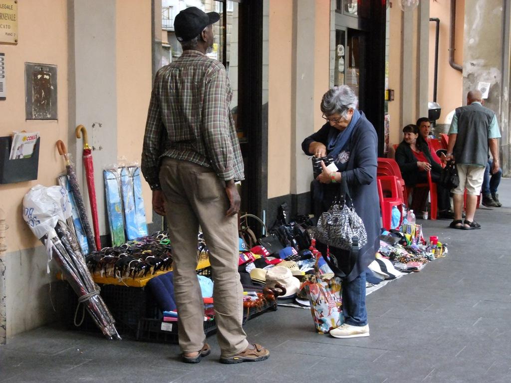 market under the arcades of ge-Sestri Ponente...