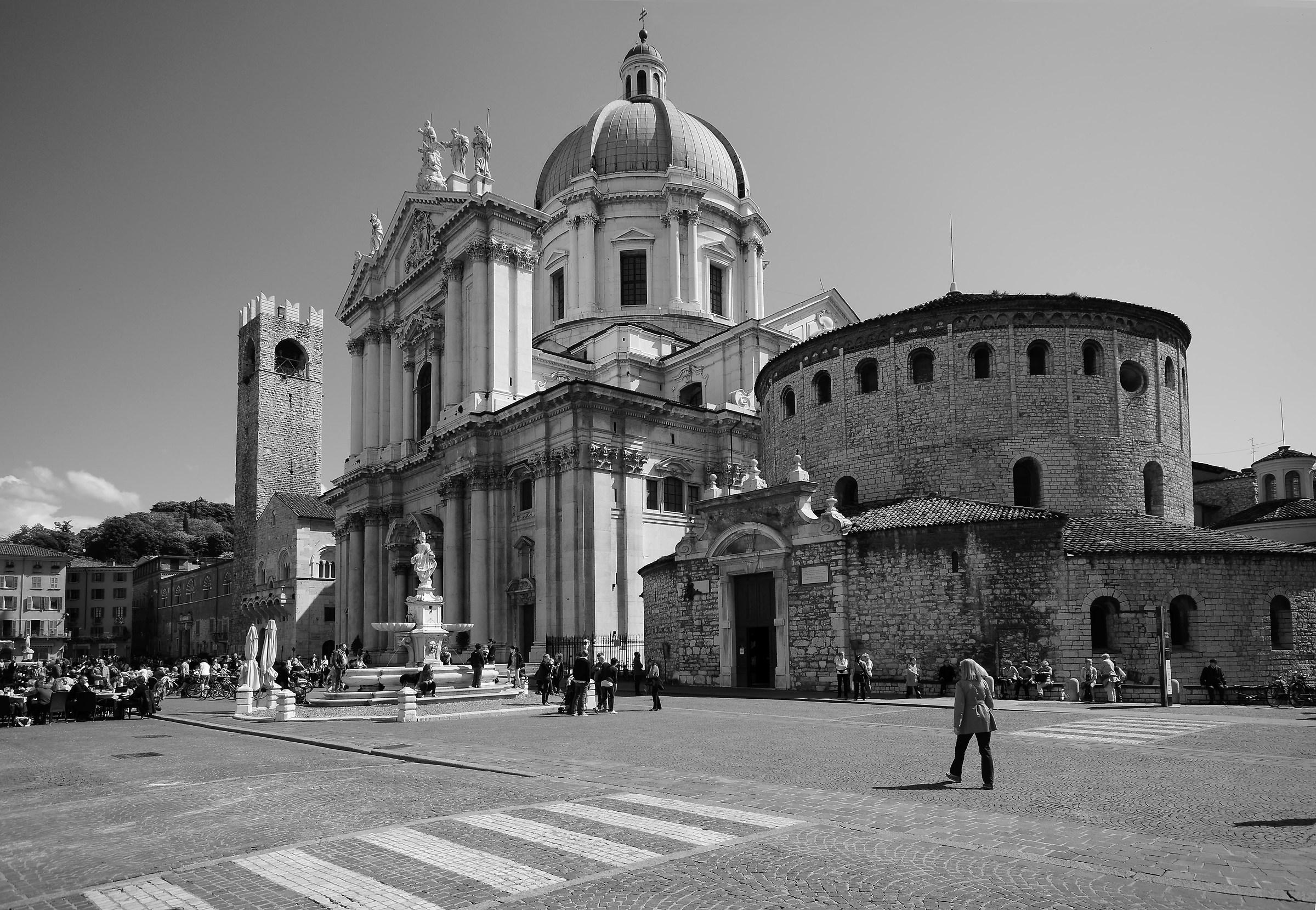 Piazza Duomo Brescia...