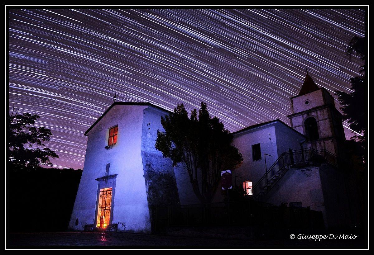La notte trascorre.. startrails...