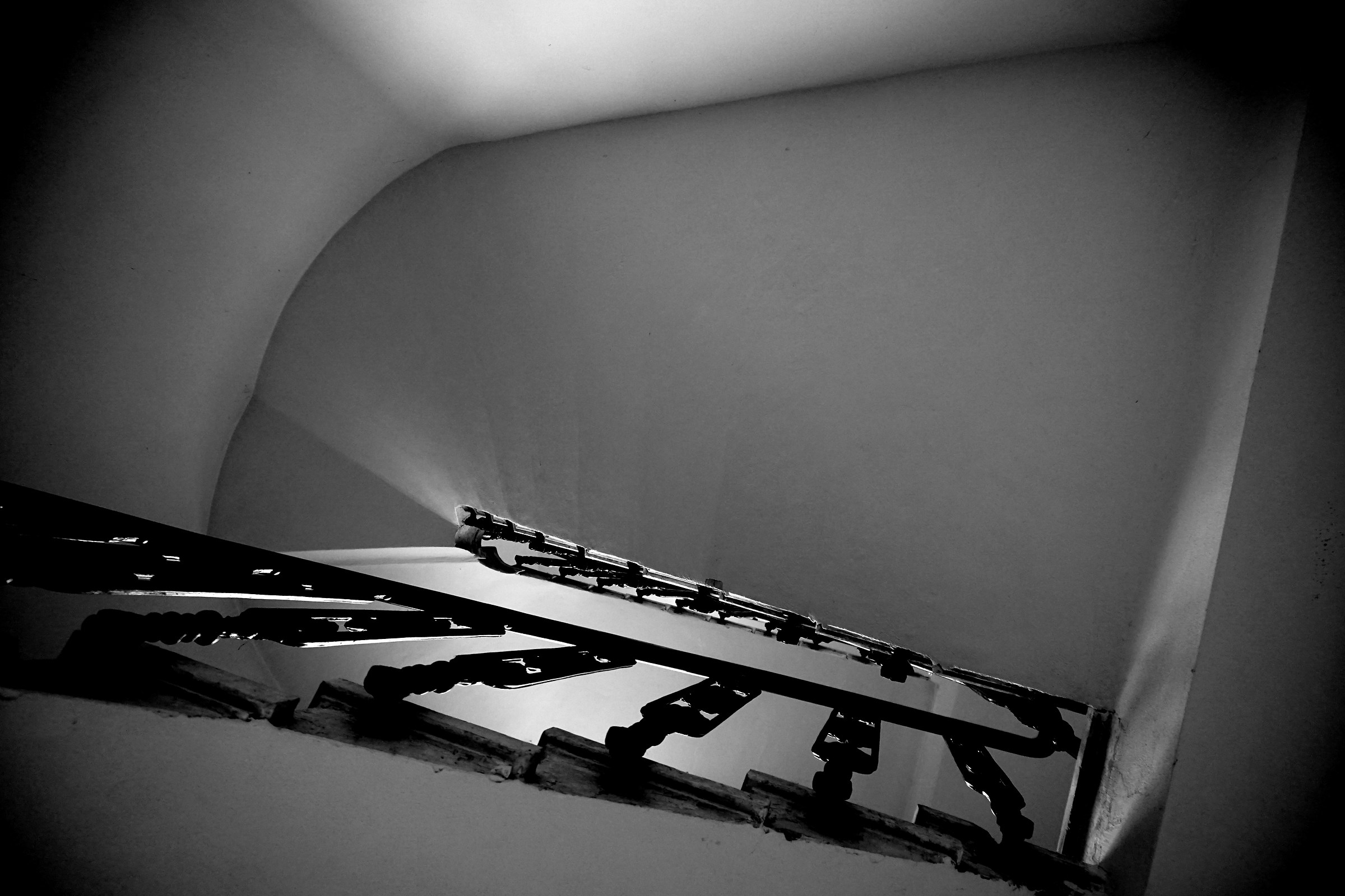 Inside staircase...