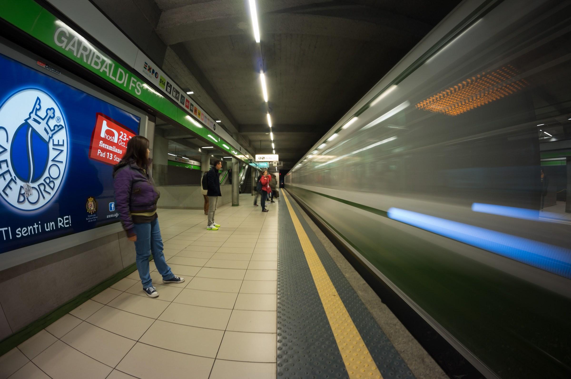 Metropolitana  Milanese - Linea 2 - Garibaldi...