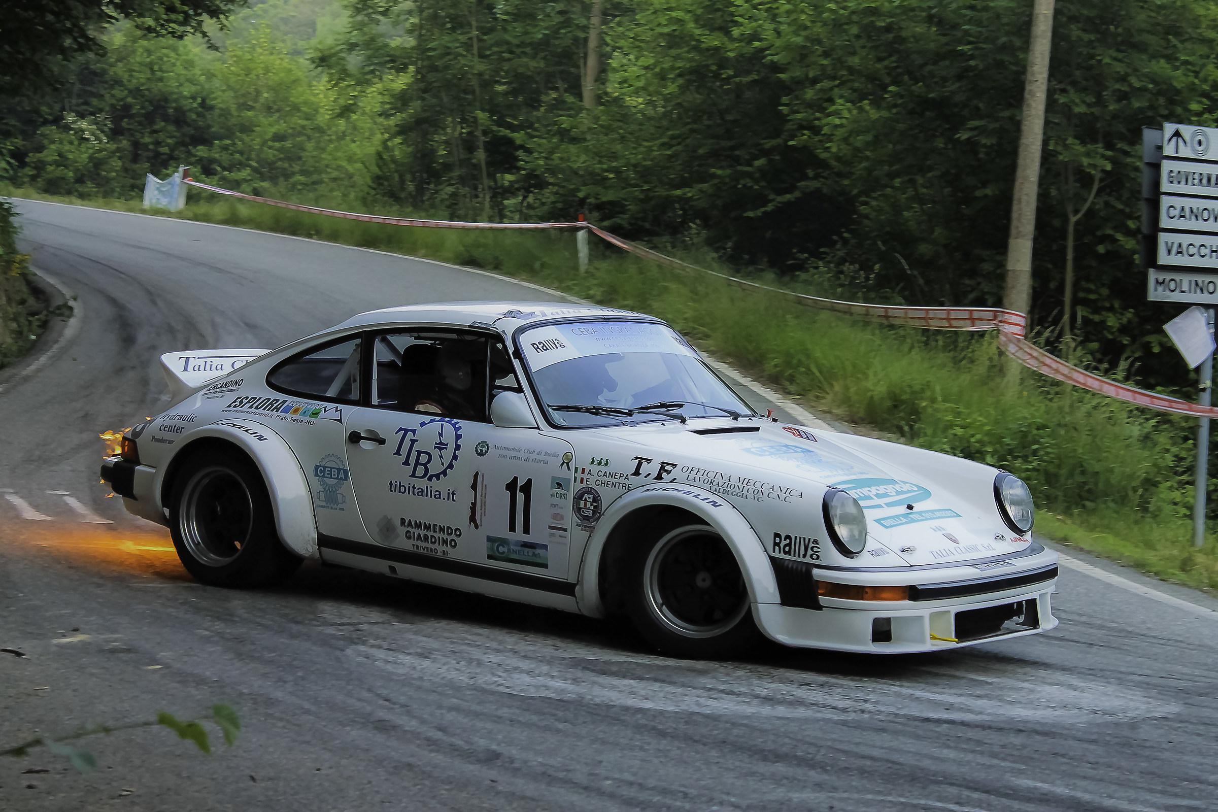 Porsche Sfiammata...