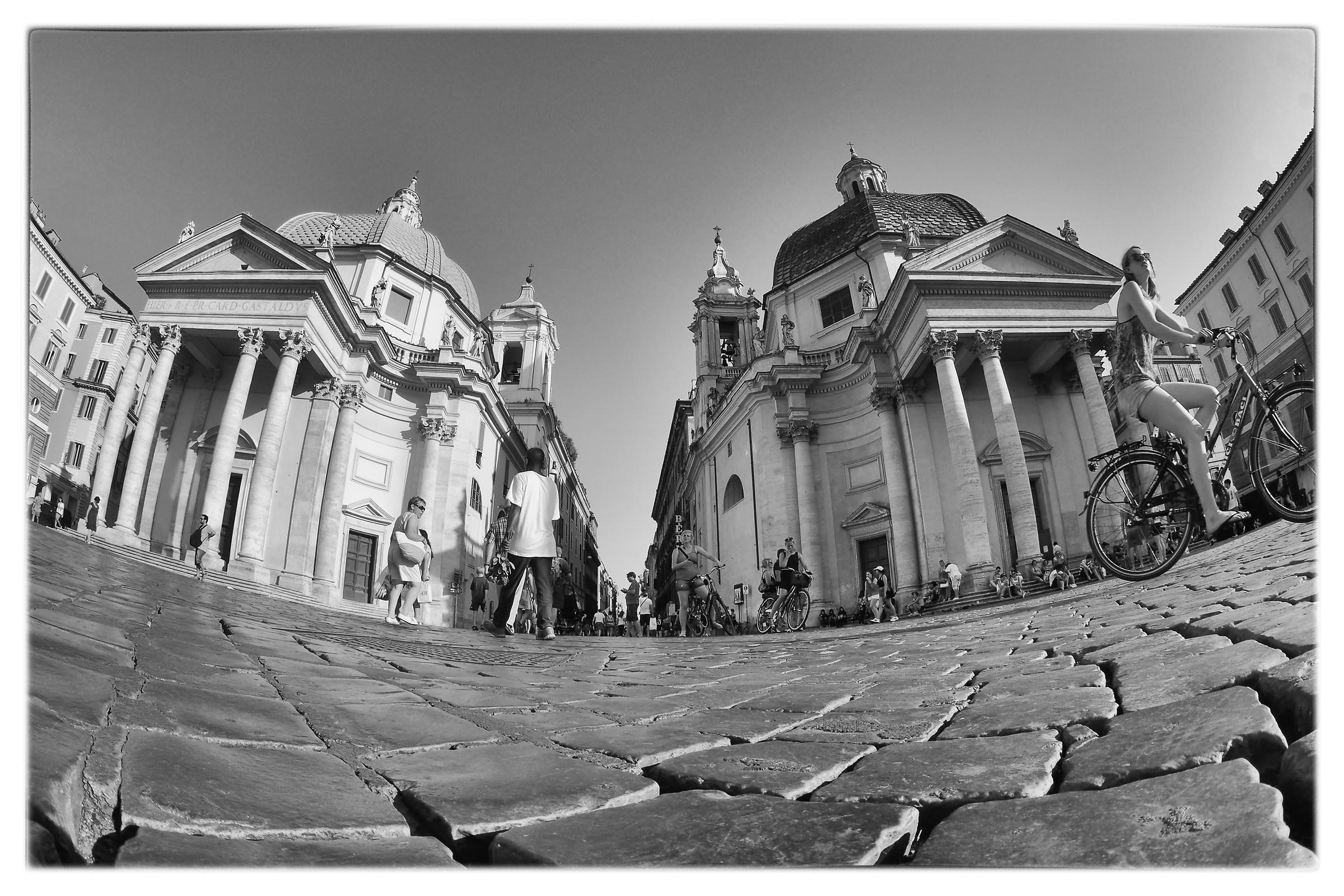 Bici & Baci Piazza del Popolo (Rome)...