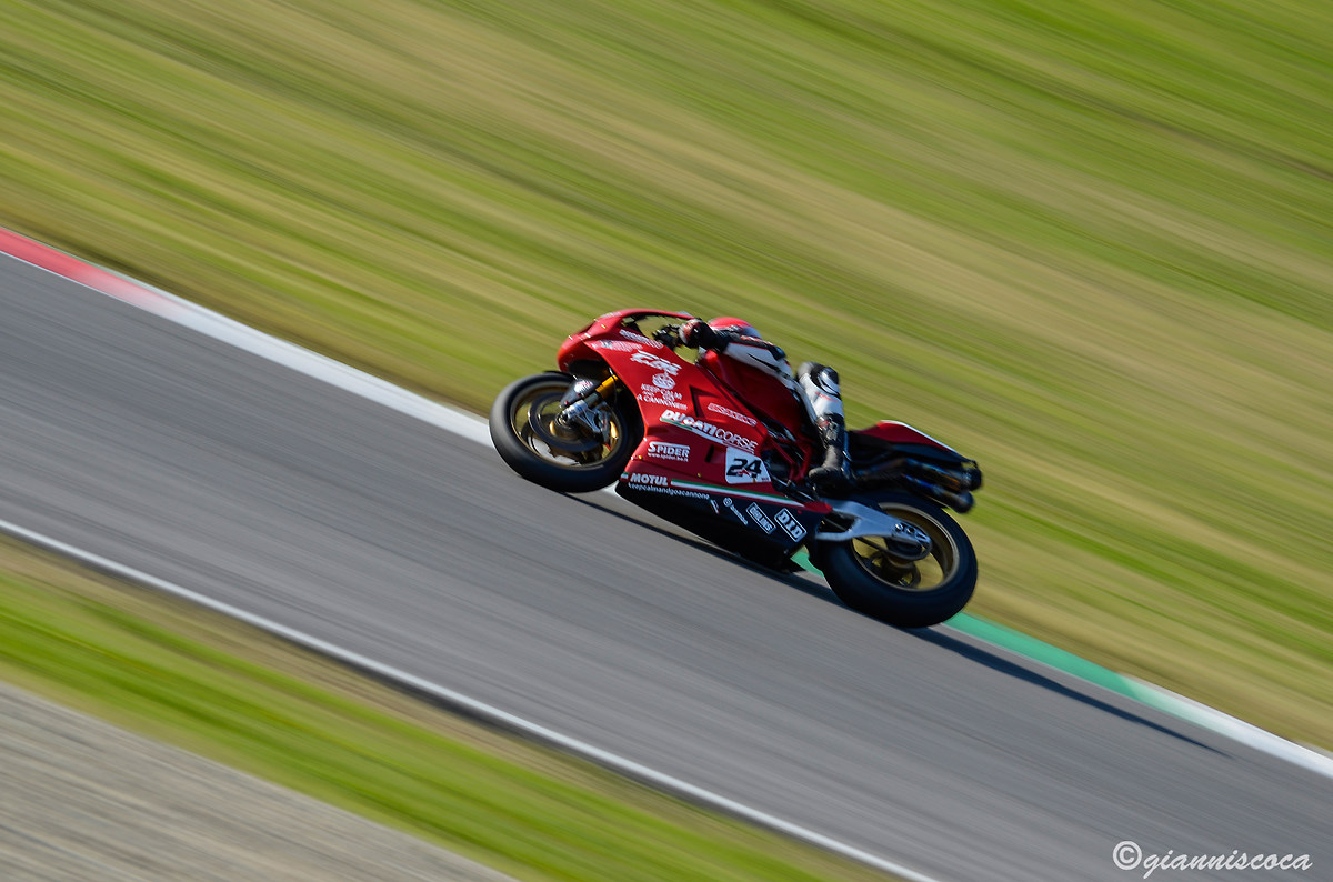 Ducati 999...