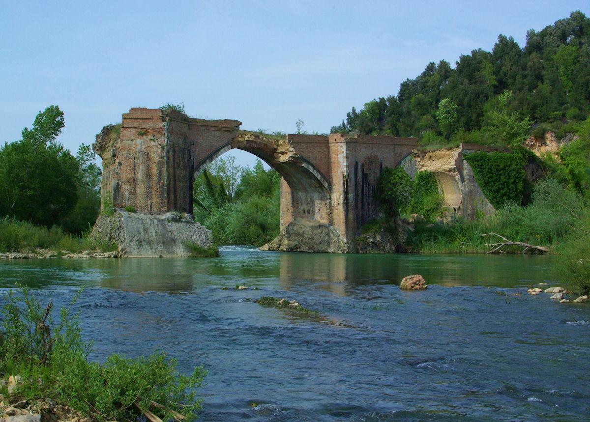 The broken bridge on Merse...