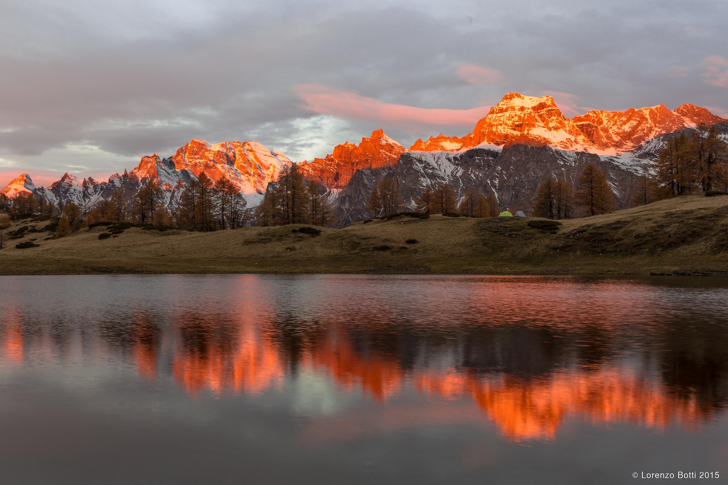 alba al lago Sangiatto...