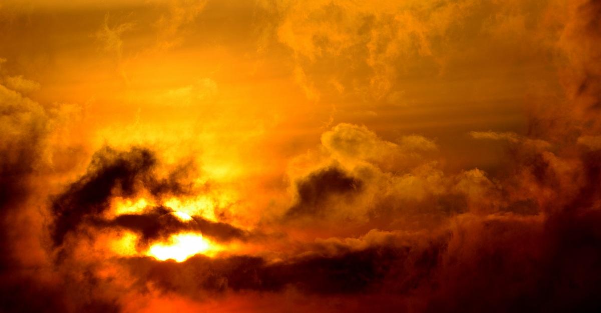 Fire in the clouds...