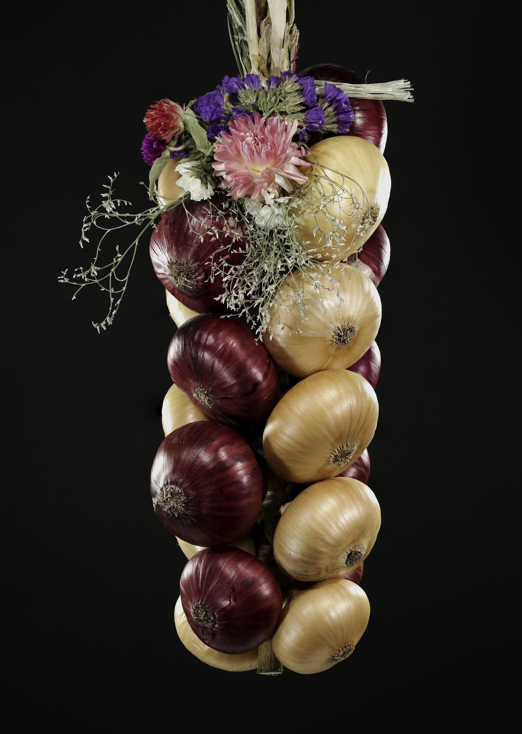 Onion Market Bern...