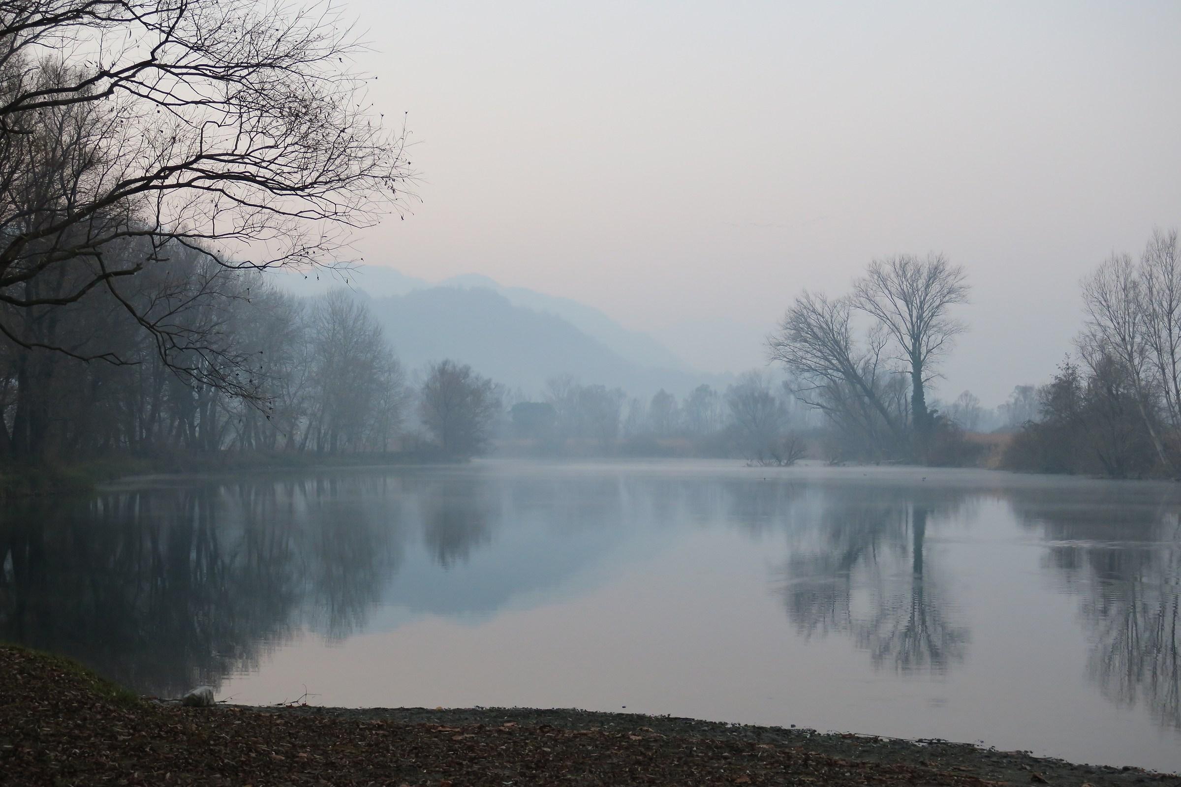 Adda, nebbiolina sul fiume...
