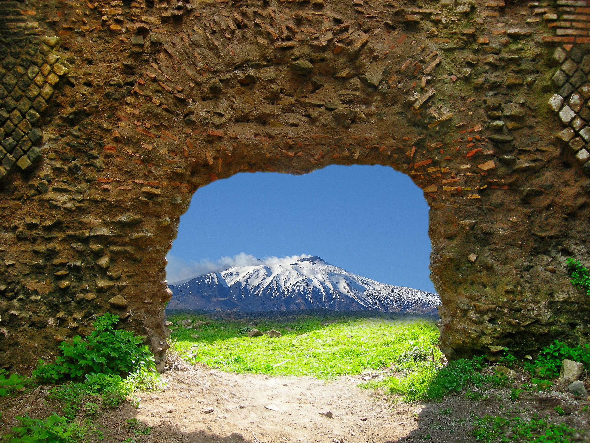 A window on Etna...