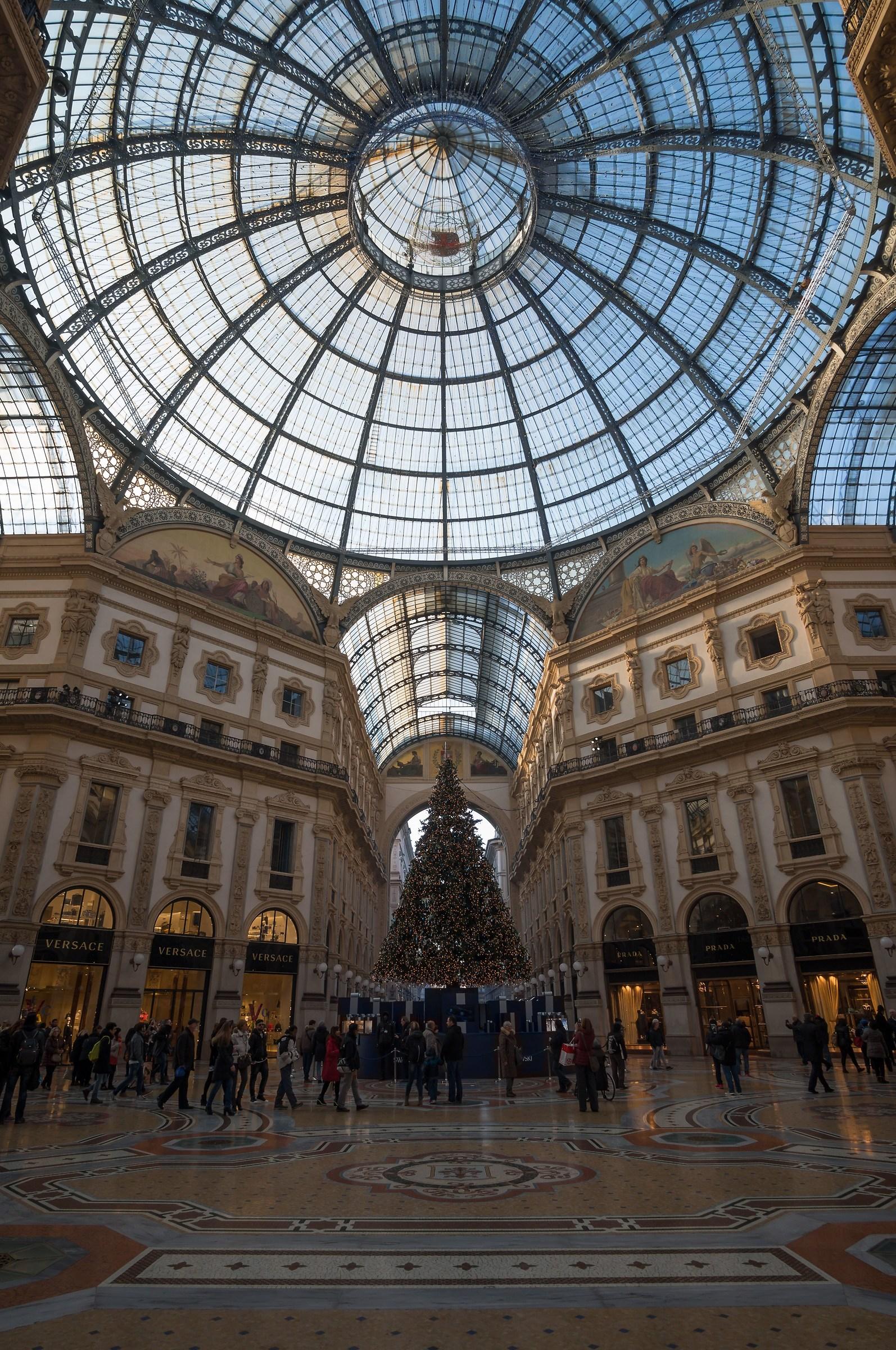 Ottagono della Galleria con albero di Natale - 4...