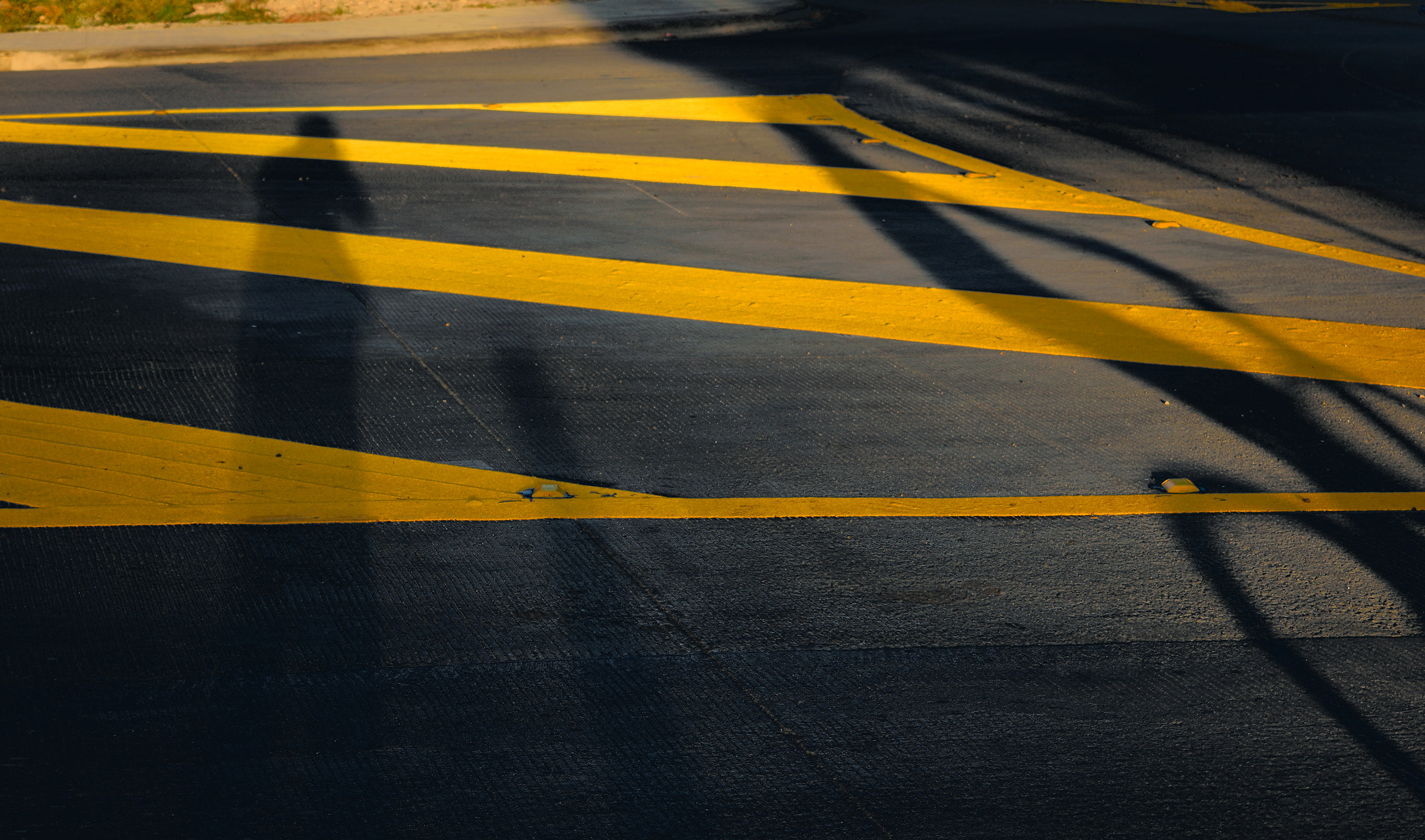 Shadows on yellow lines 2...