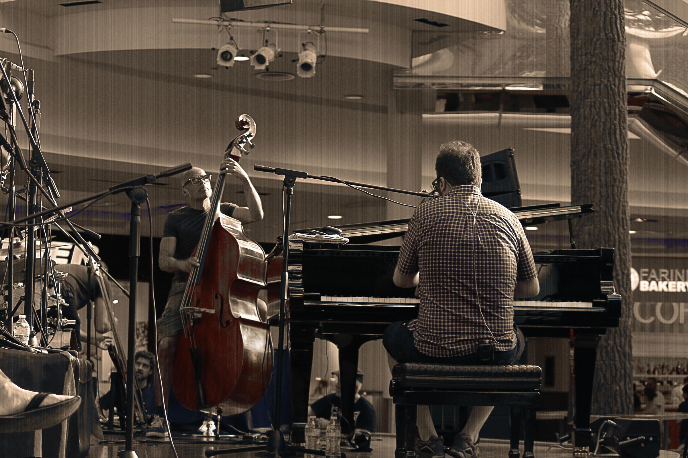Raphael Gualazzi jazz...