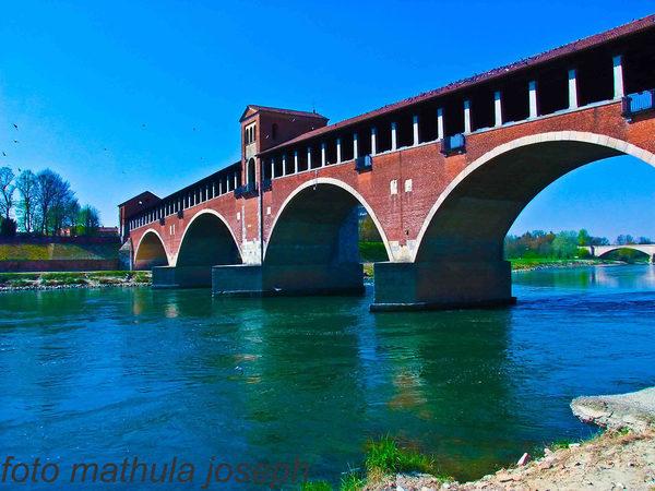 Ponte coperto sul fiume ticino a pavia juzaphoto for Mercatino usato pavia