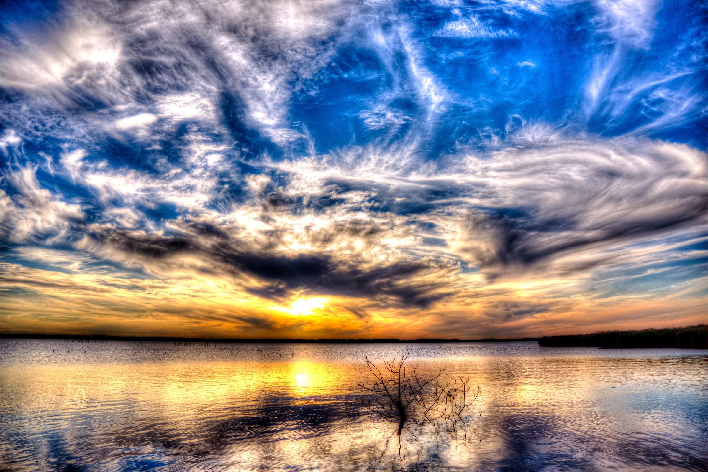 Tramonto sul lago...