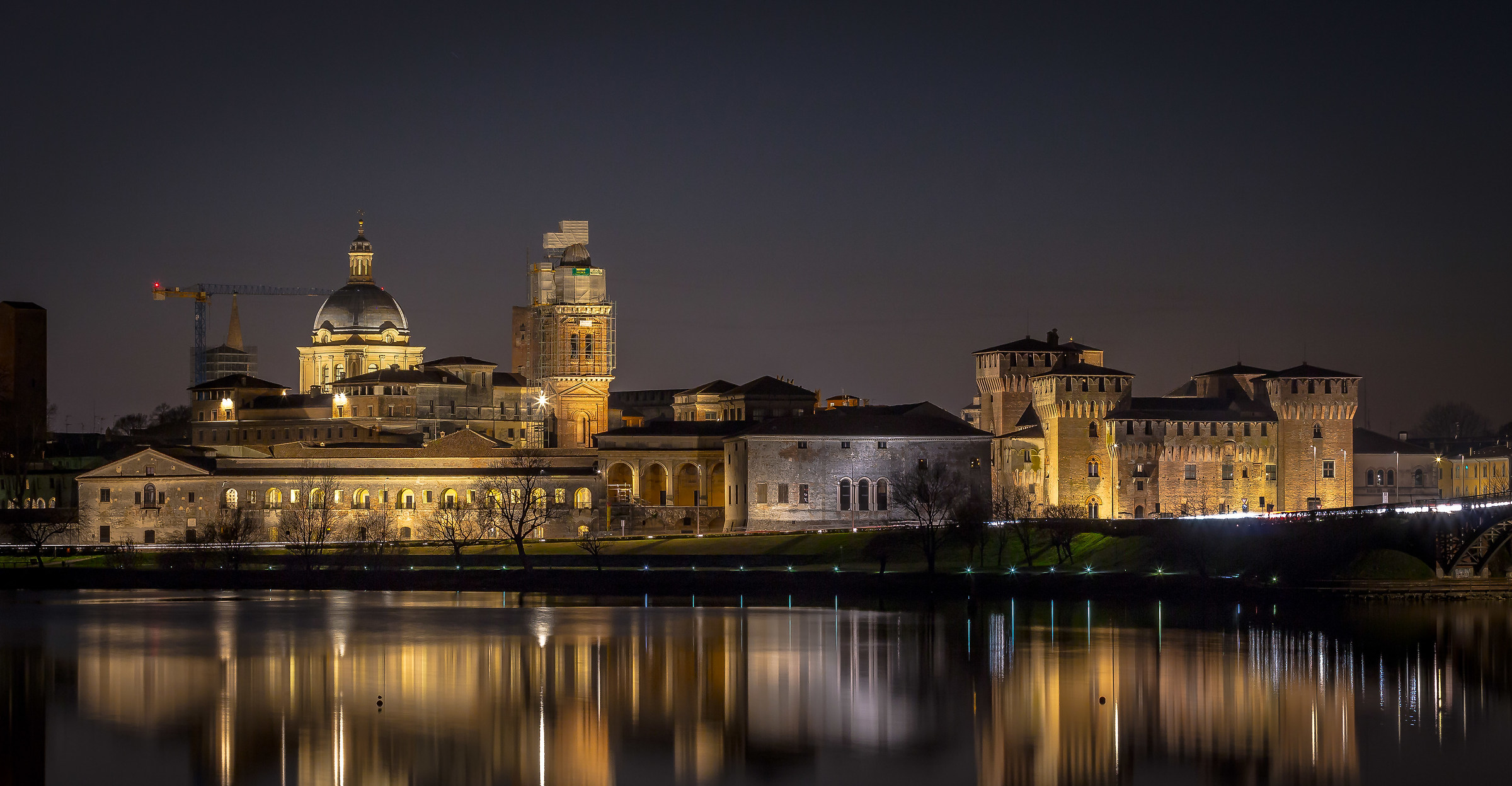 Mantova by Night...