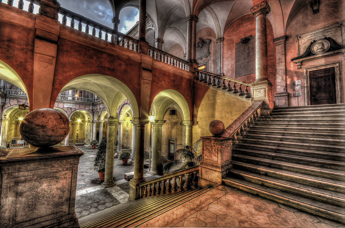 palazzo tursi genova interno caratteristico juzaphoto