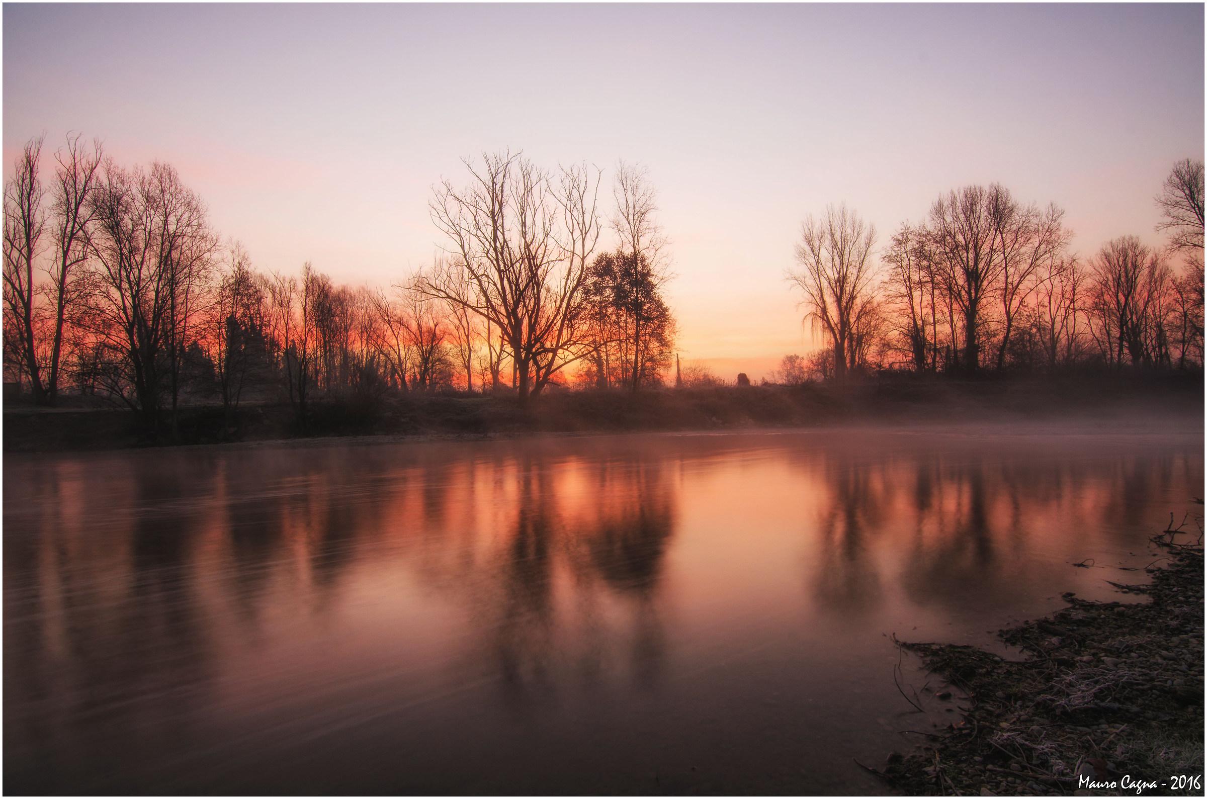 Alba sul fiume Serio...