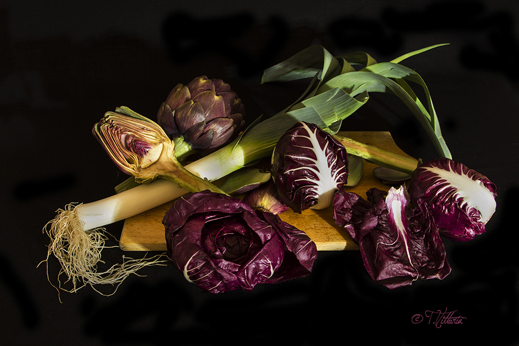 The artichoke and radicchio on display...