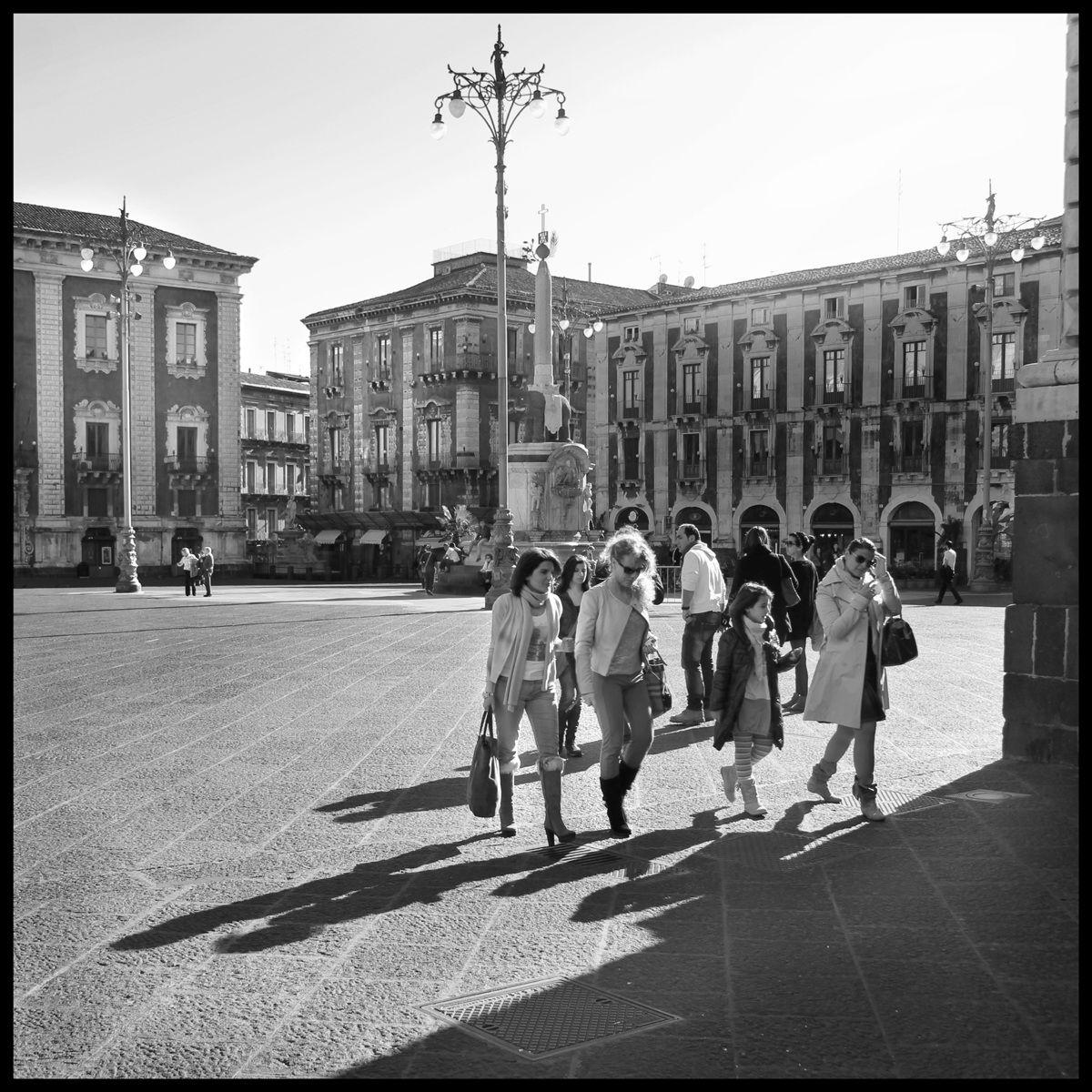 "Piazza d' Uomo  CT "" U liottru""..."