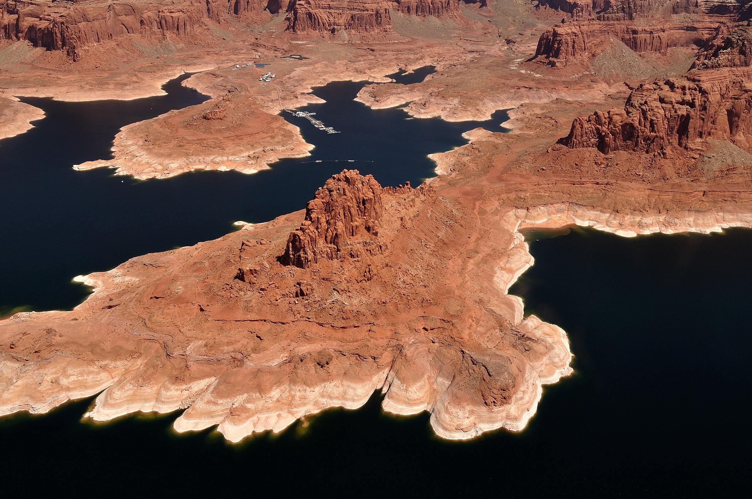 Utah-Lake Powell Glen Canyon overflights-...