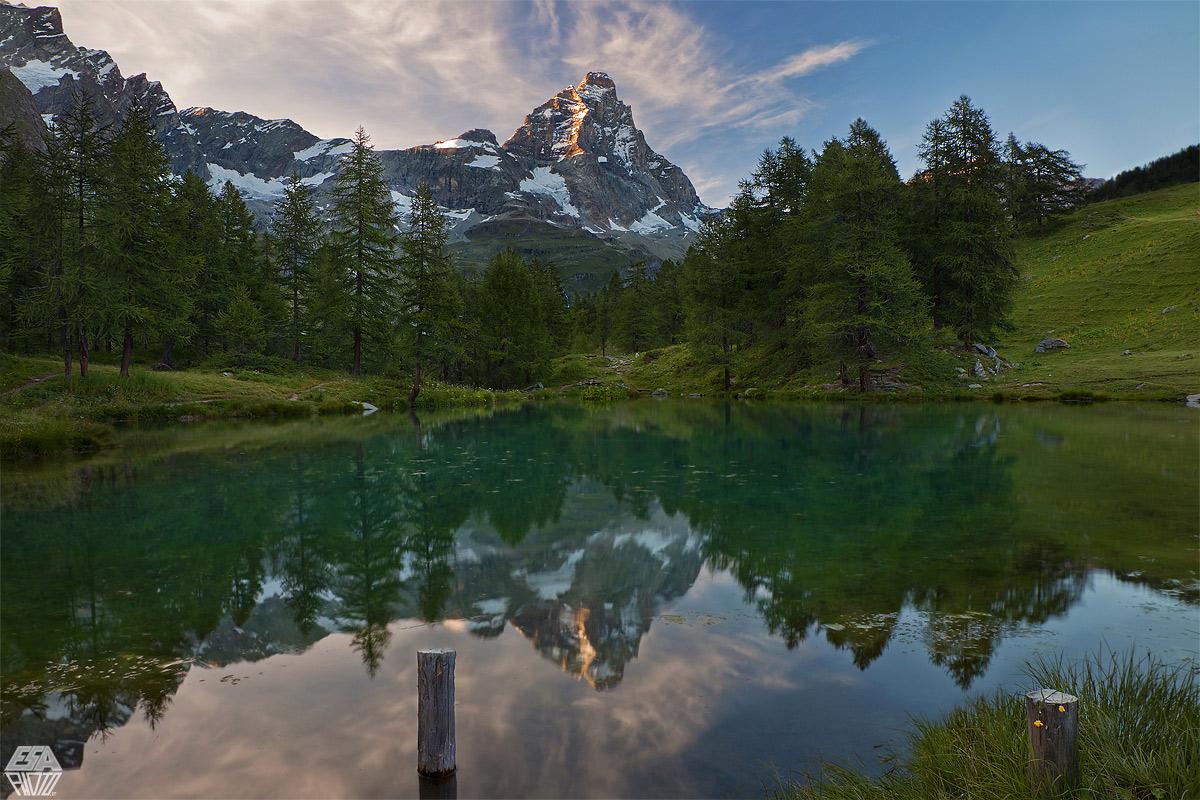 Lo stacco imperioso del Cervino Lago Bleu (1970m s.l.m)...