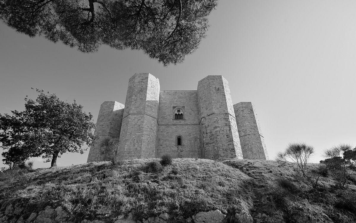 Castel del Monte 2...