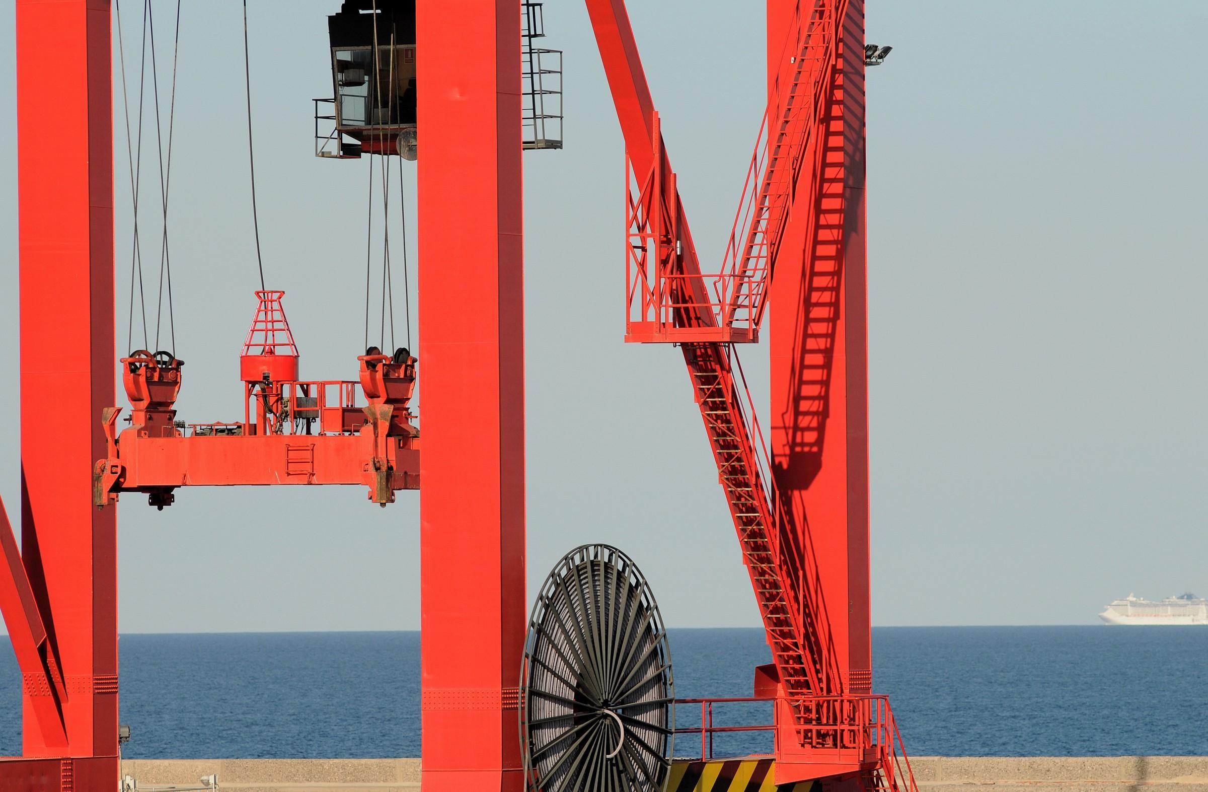 Rosso del porto di Barcellona...