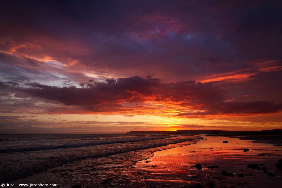 The colors of dawn in Le Gris Nez, 015,972...