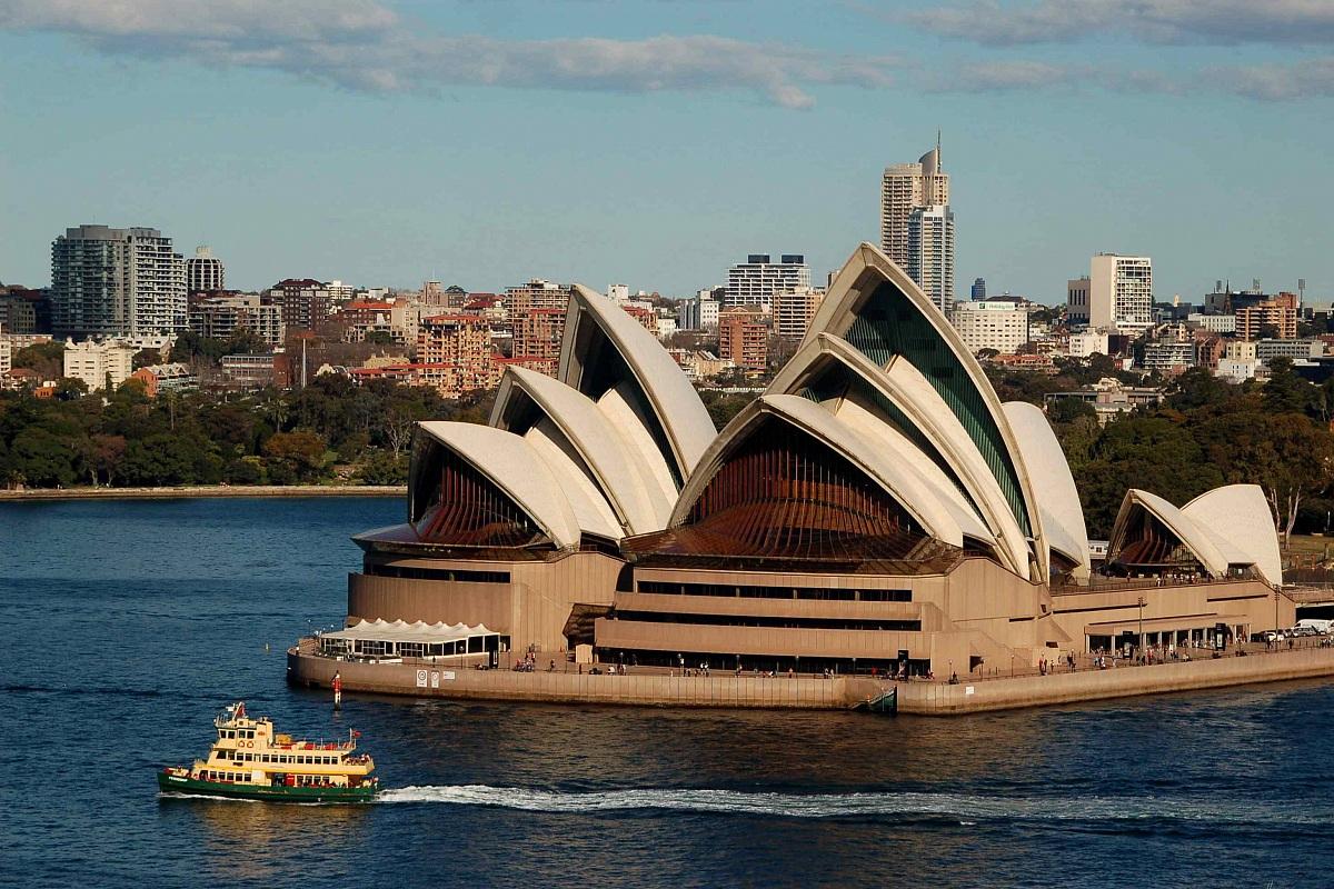 Sydney Opera House from 'Harbour Bridge...