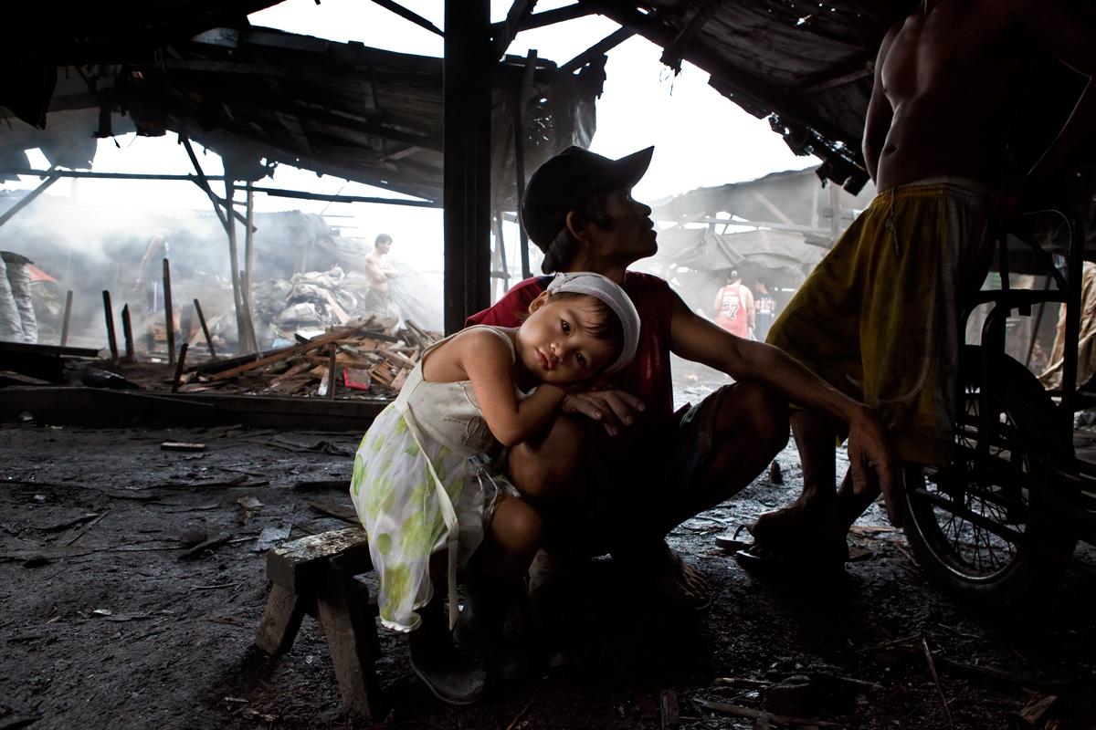 Manila, the children of the city of coal...