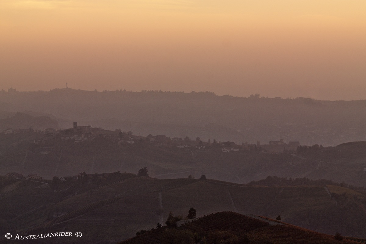 langhe all'imbrunire...