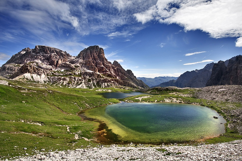 Laghetti di montagna juzaphoto for Immagini di laghetti