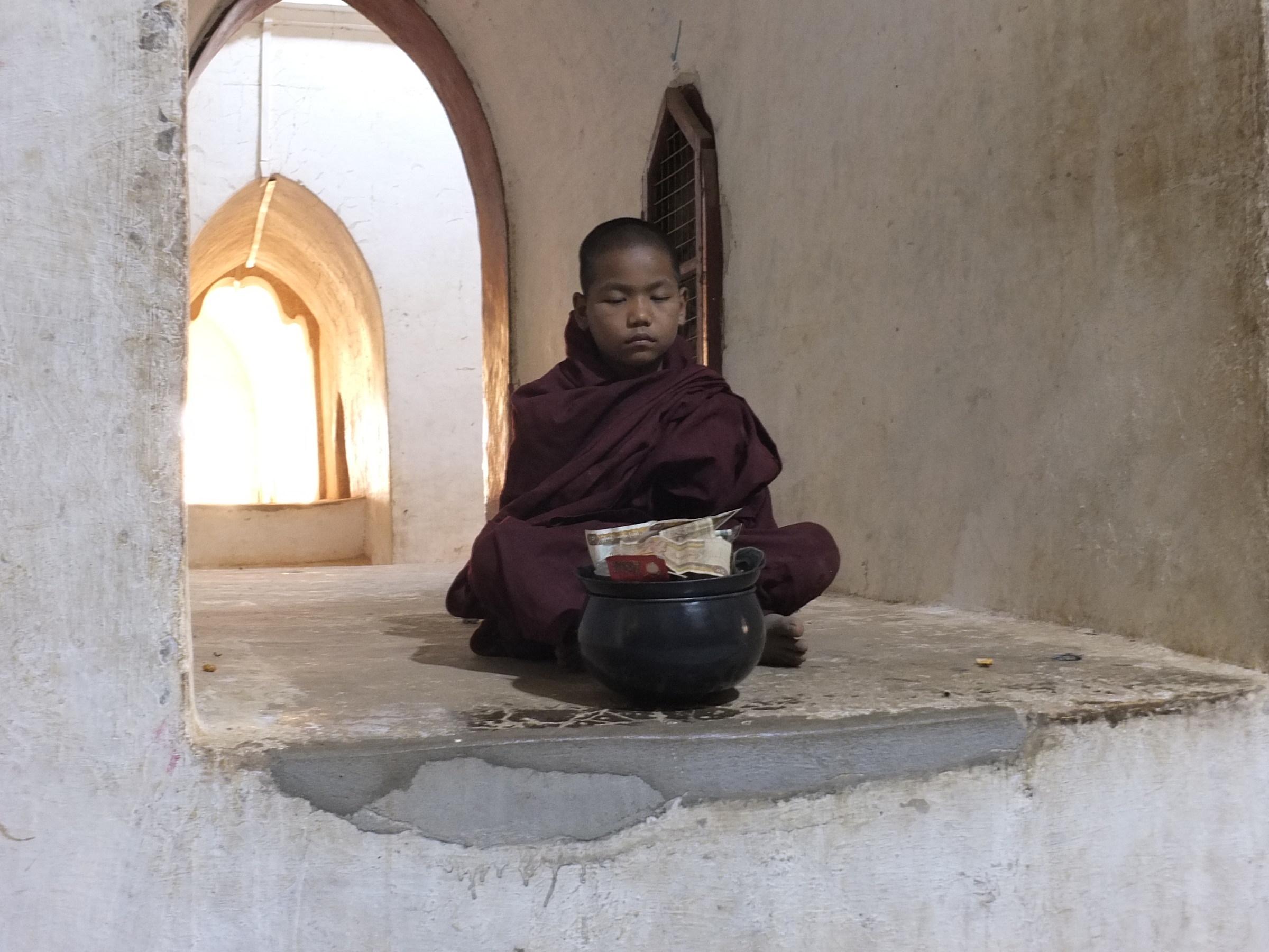 Myanmar/Aspiring Monk...