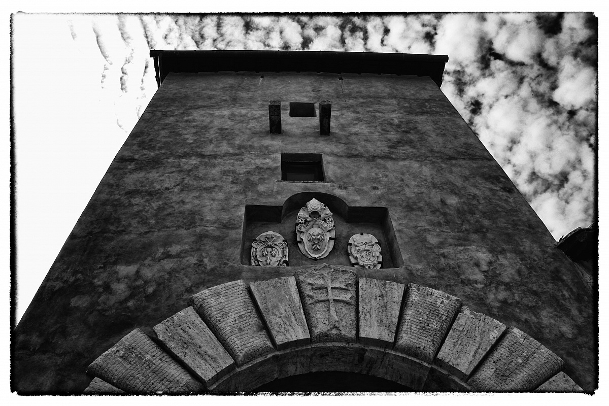 Santa Severa, entrance to the castle...