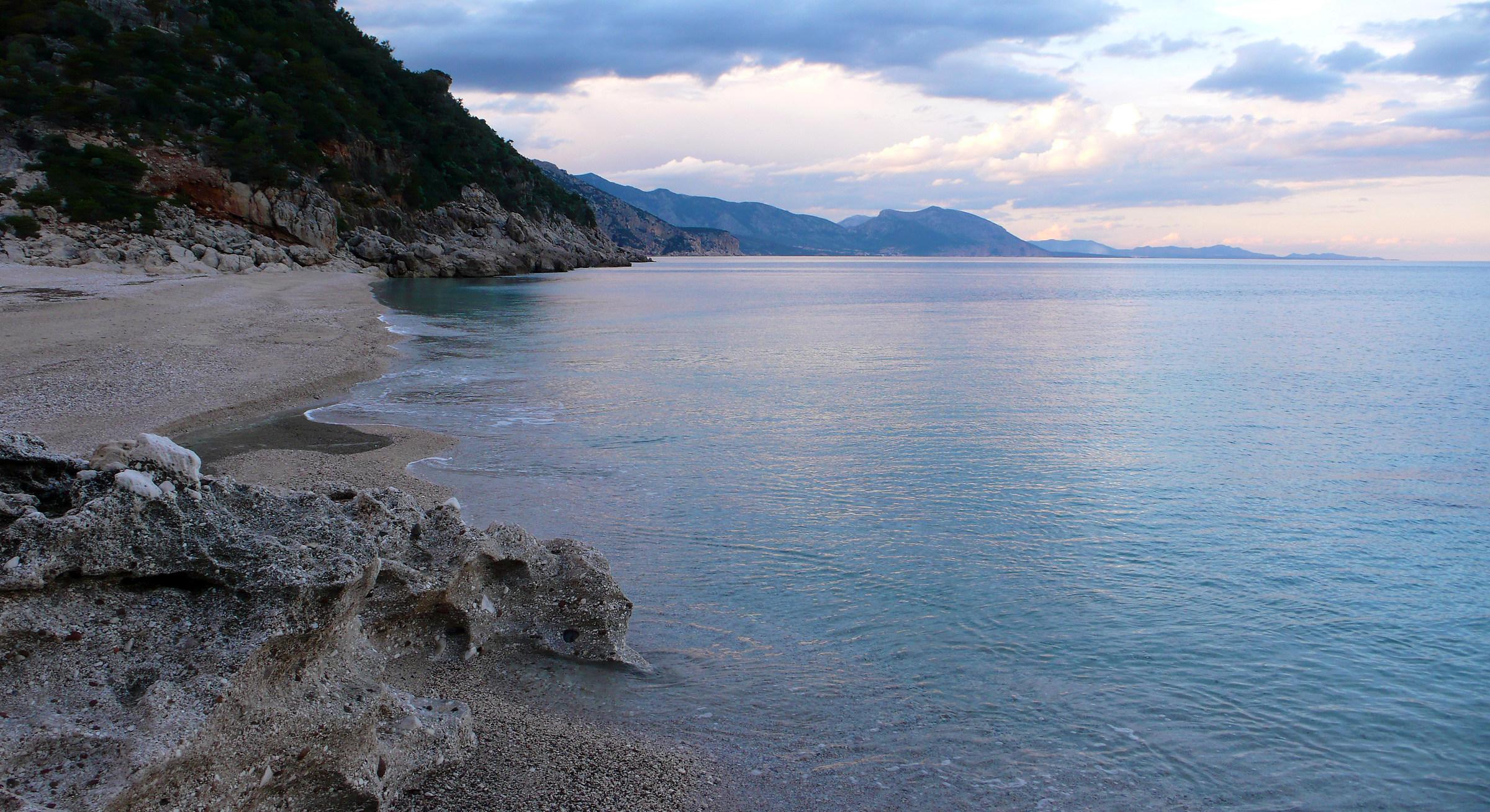 November in Cala Sisine...