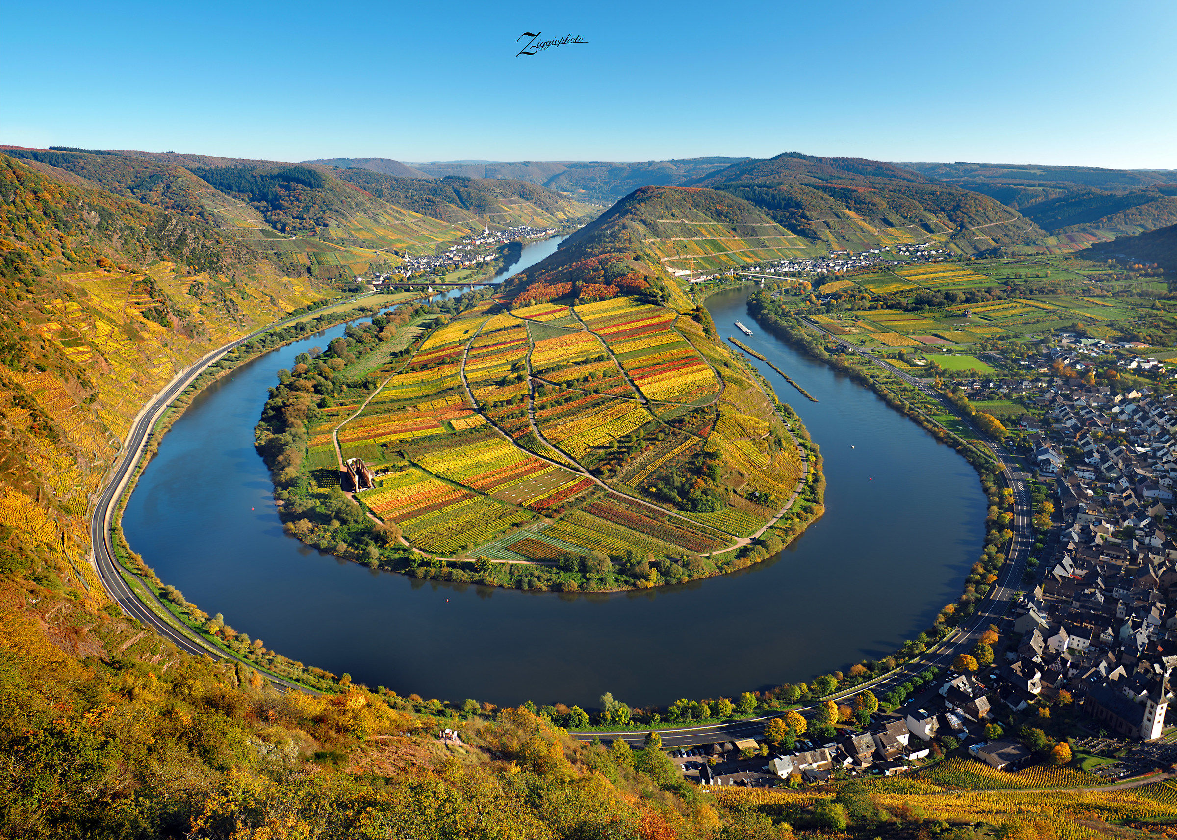 The colors of the autumn Moselle...