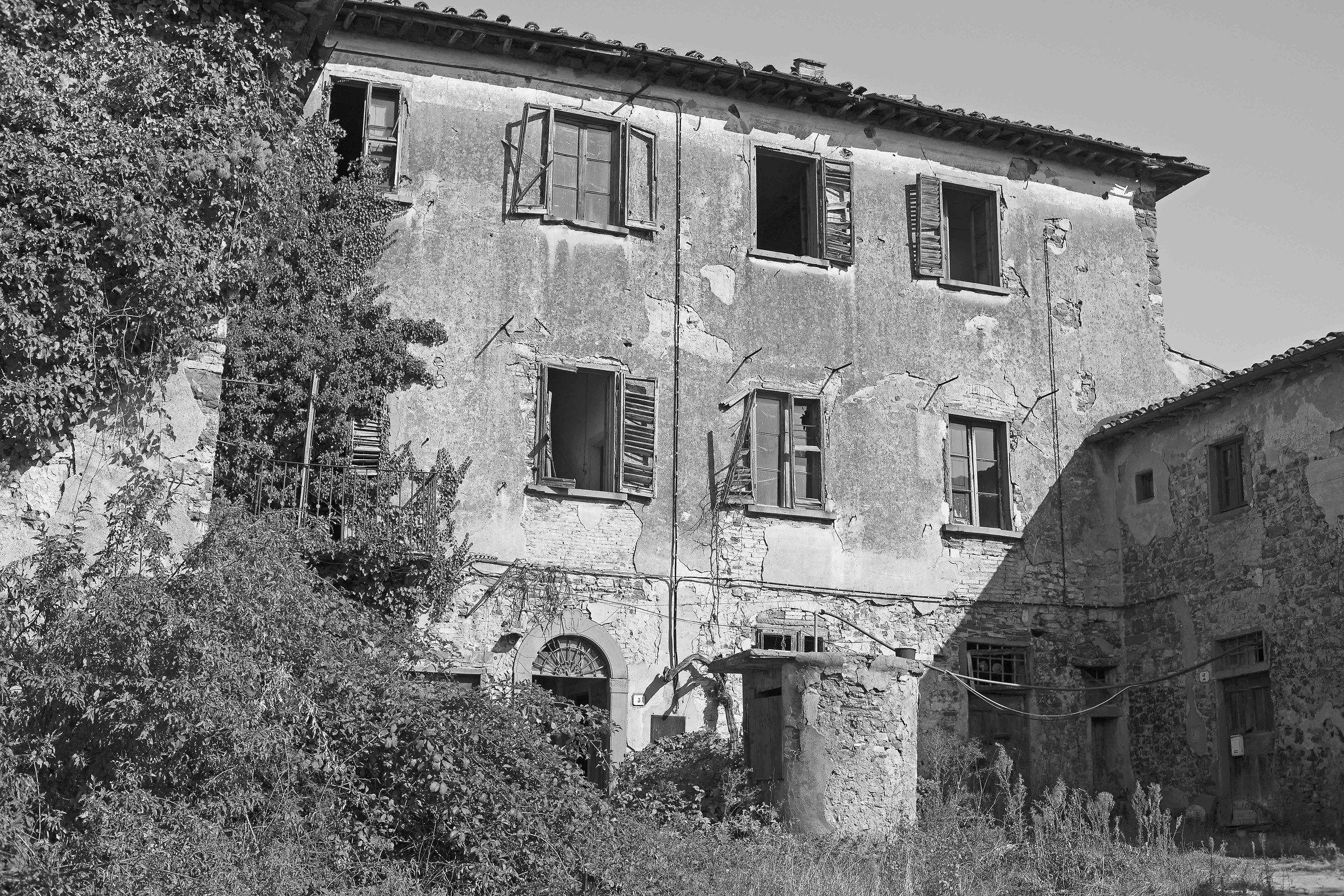 Abandoned cottage...