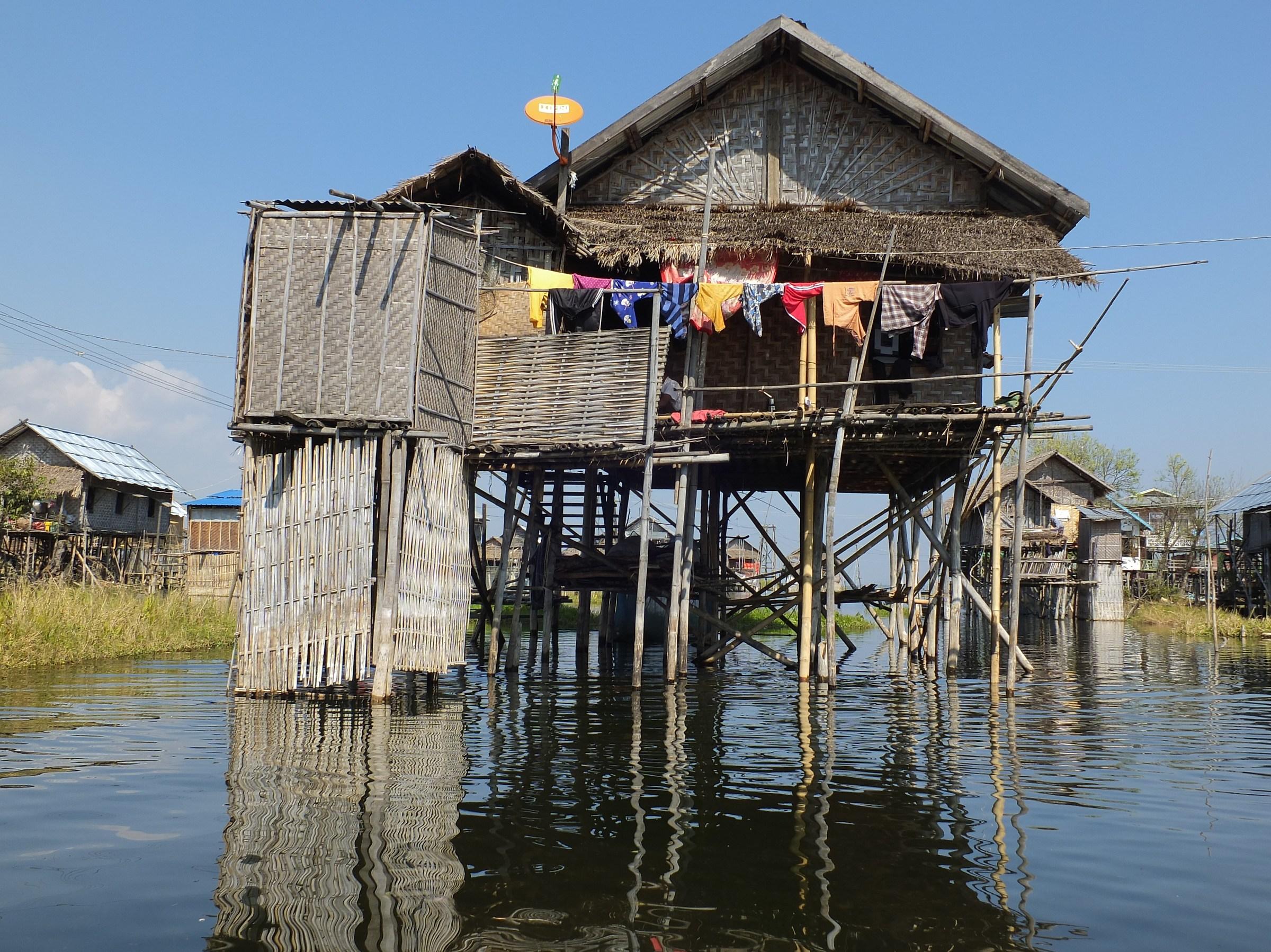Myanmar/Inle Lake ...