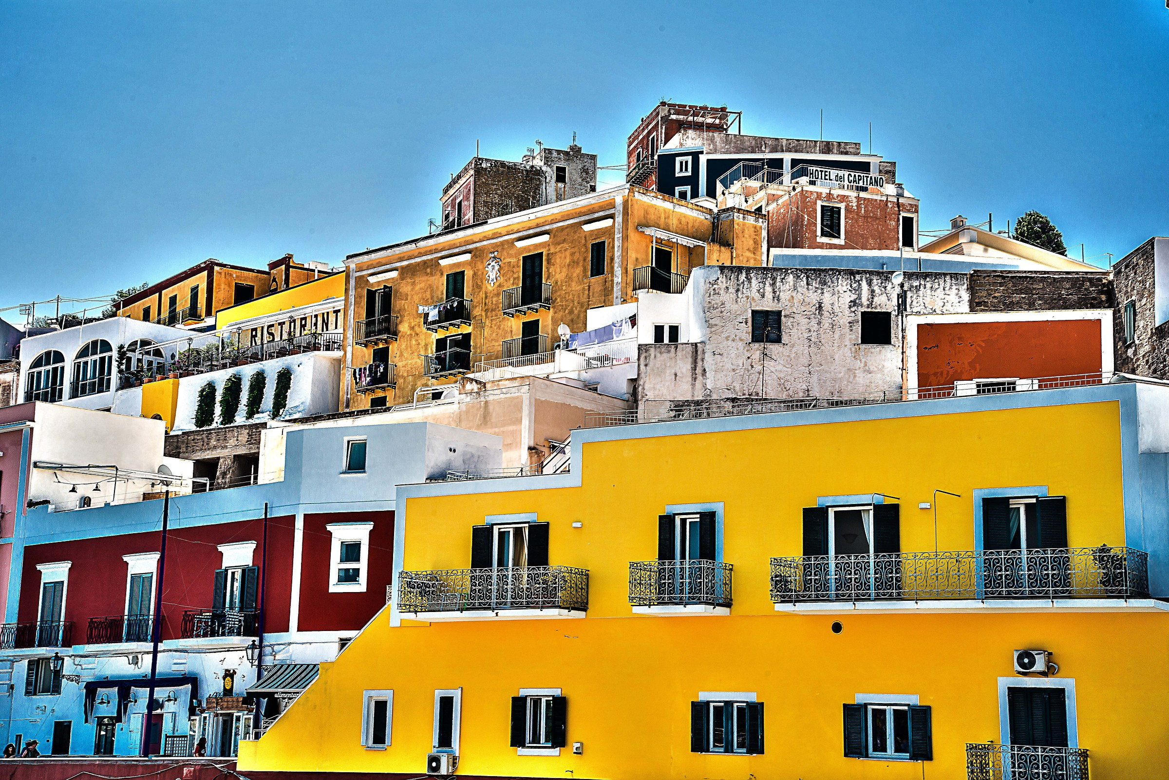 The colors of Ponza...