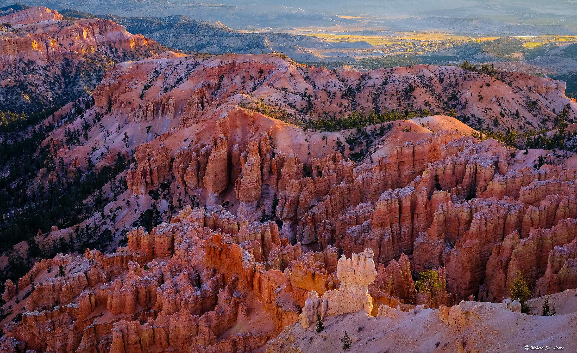 Dawn - Bryce Canyon II...