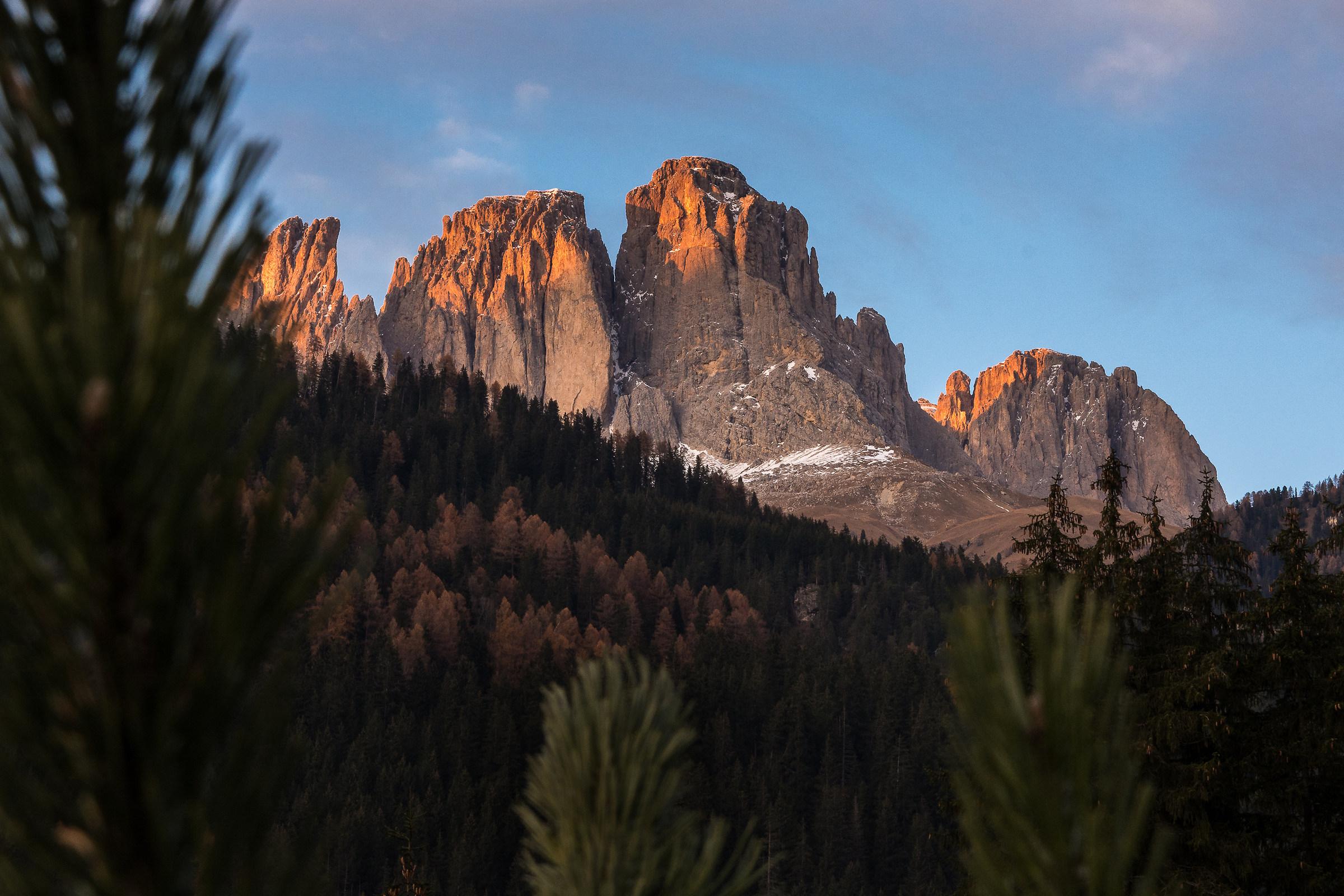 Sassolungo-Autumn Sunset...
