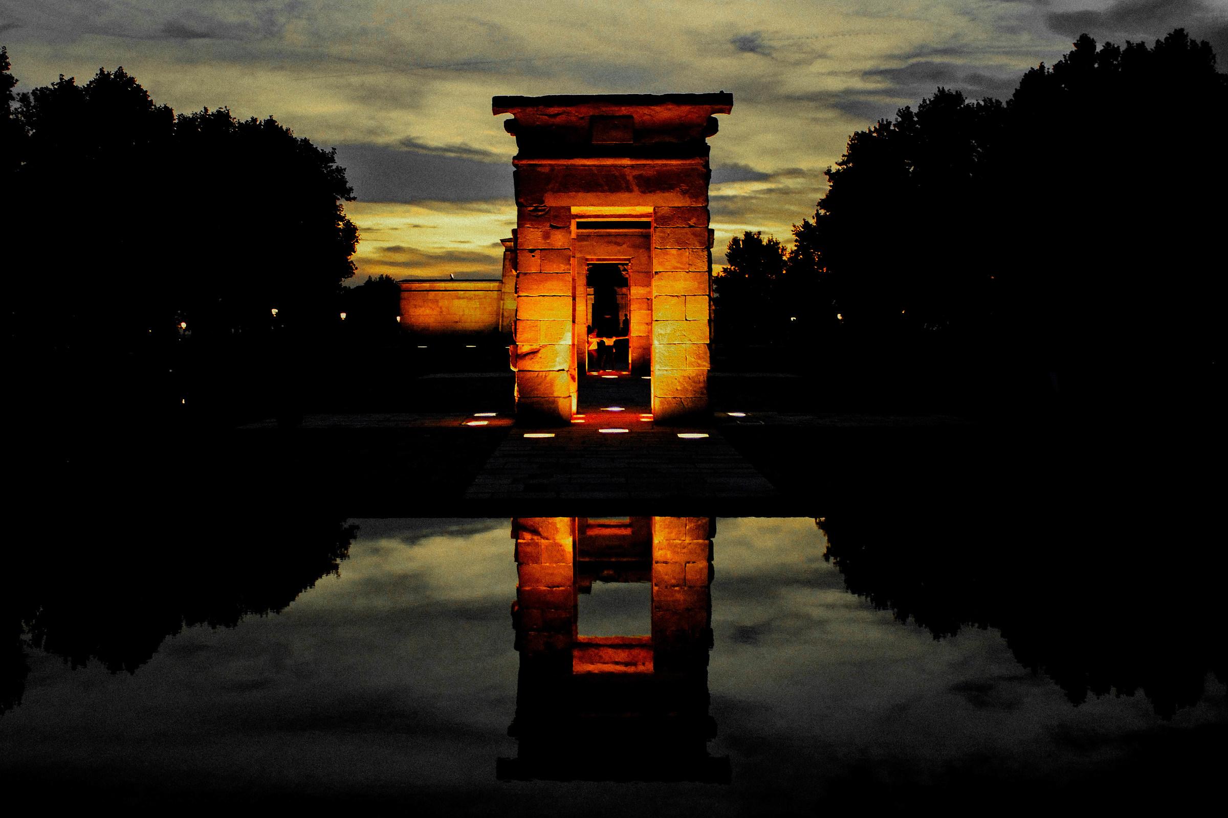 Temple Dobò...