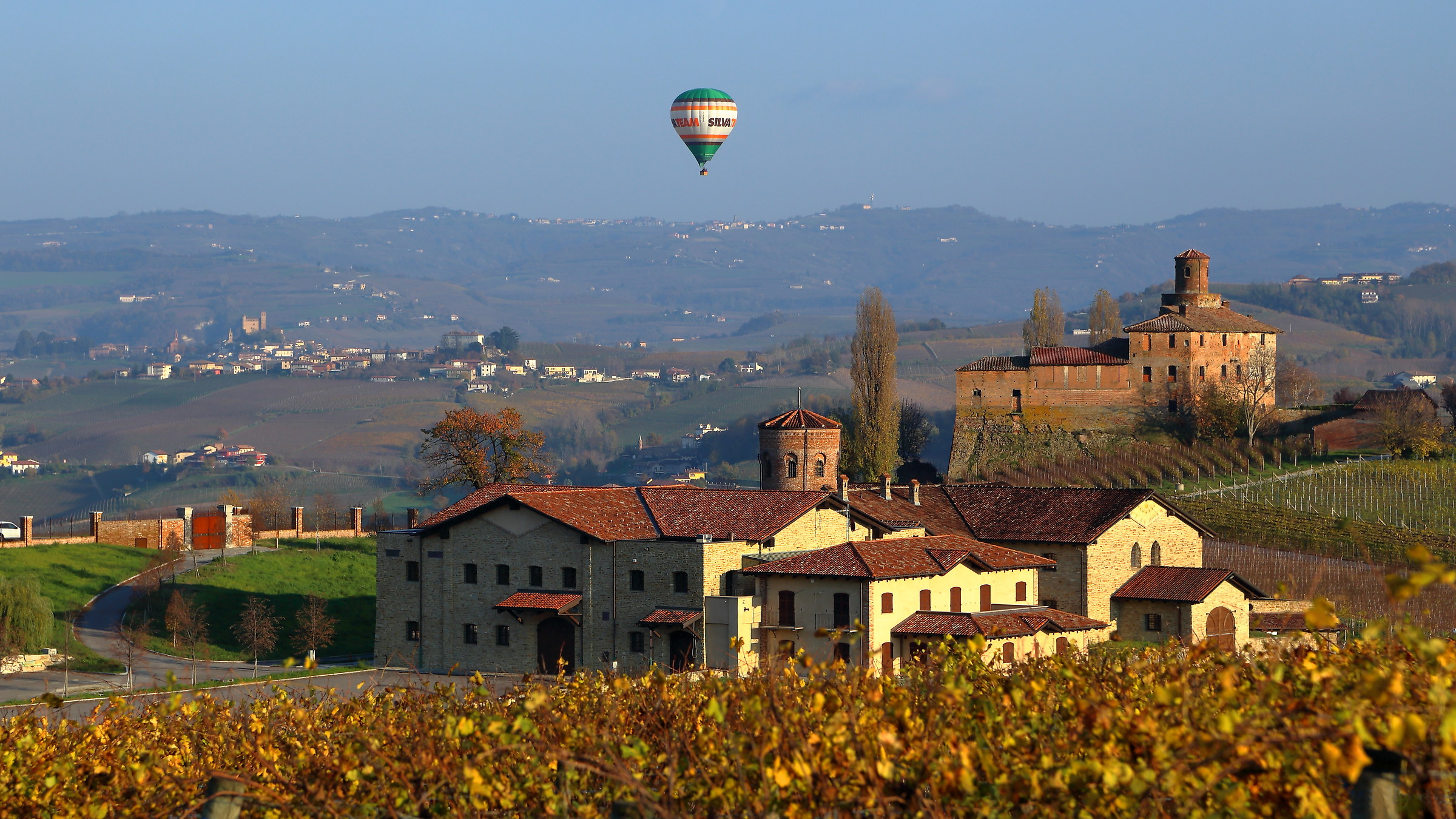Flying over the Langhe...